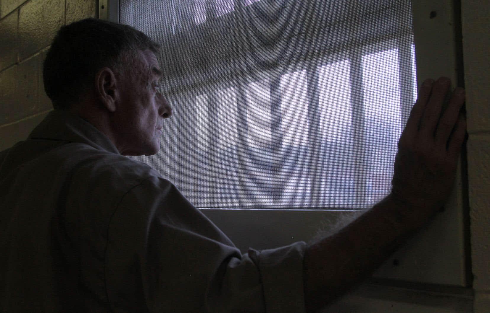 En 2018, la plateforme Netflix, forte du succès phénoménal de «Making a Murderer» (2015), offre à ses abonnés une version mastérisée des épisodes originaux de «Soupçons» agrémentée d'un prologue de trois nouveaux épisodes.