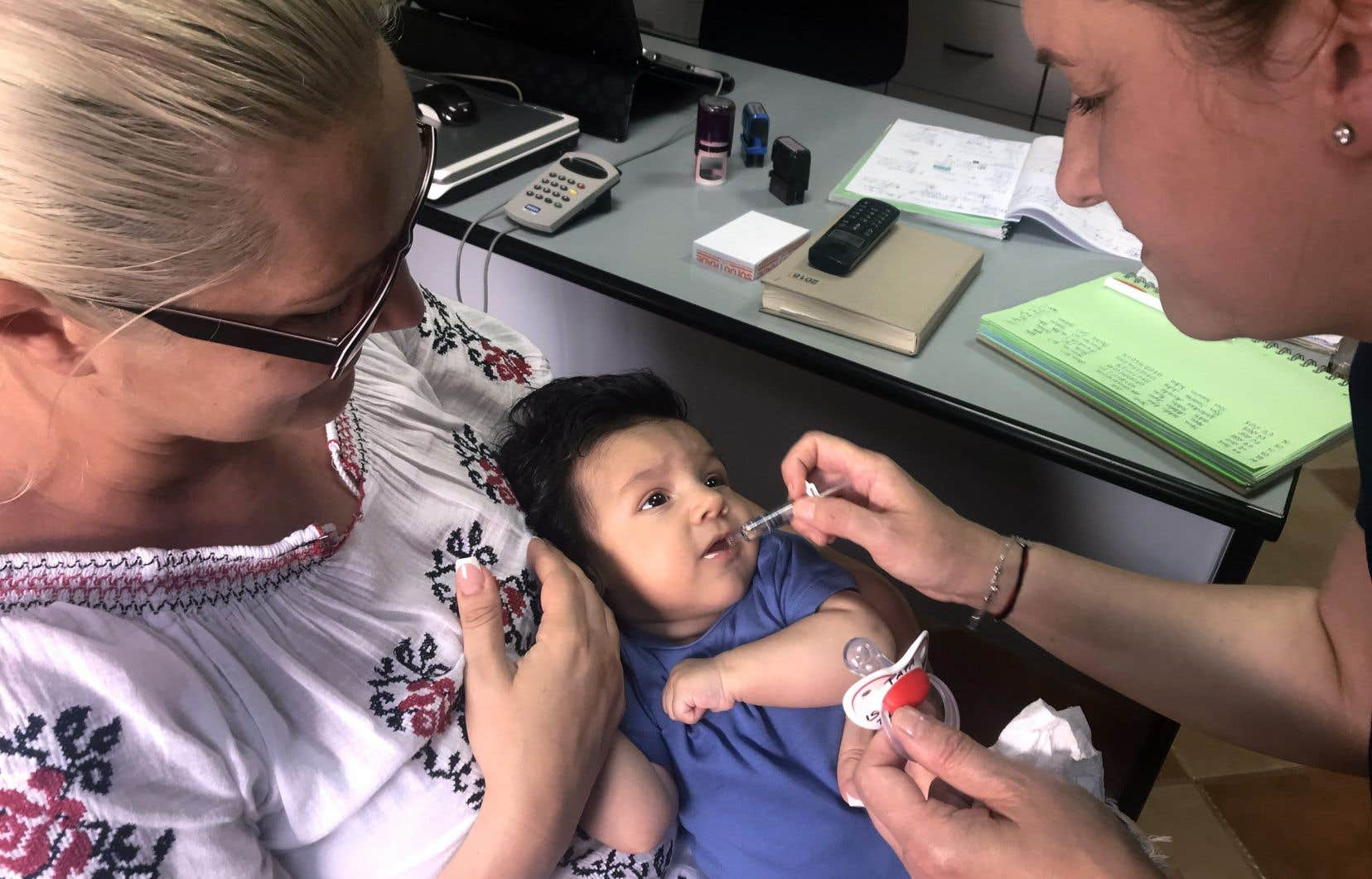 L'OMS recommande un taux de vaccination contre la rougeole de 95 %. En Roumanie, il ne s'élève qu'à 84 %.