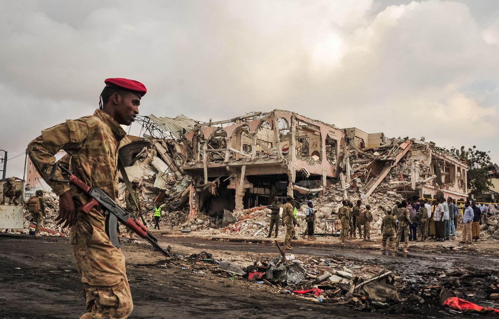 Les États-Unis assistent les forces somaliennes contre des membres d'al-Qaïda affiliés aux islamistes radicaux shebab.
