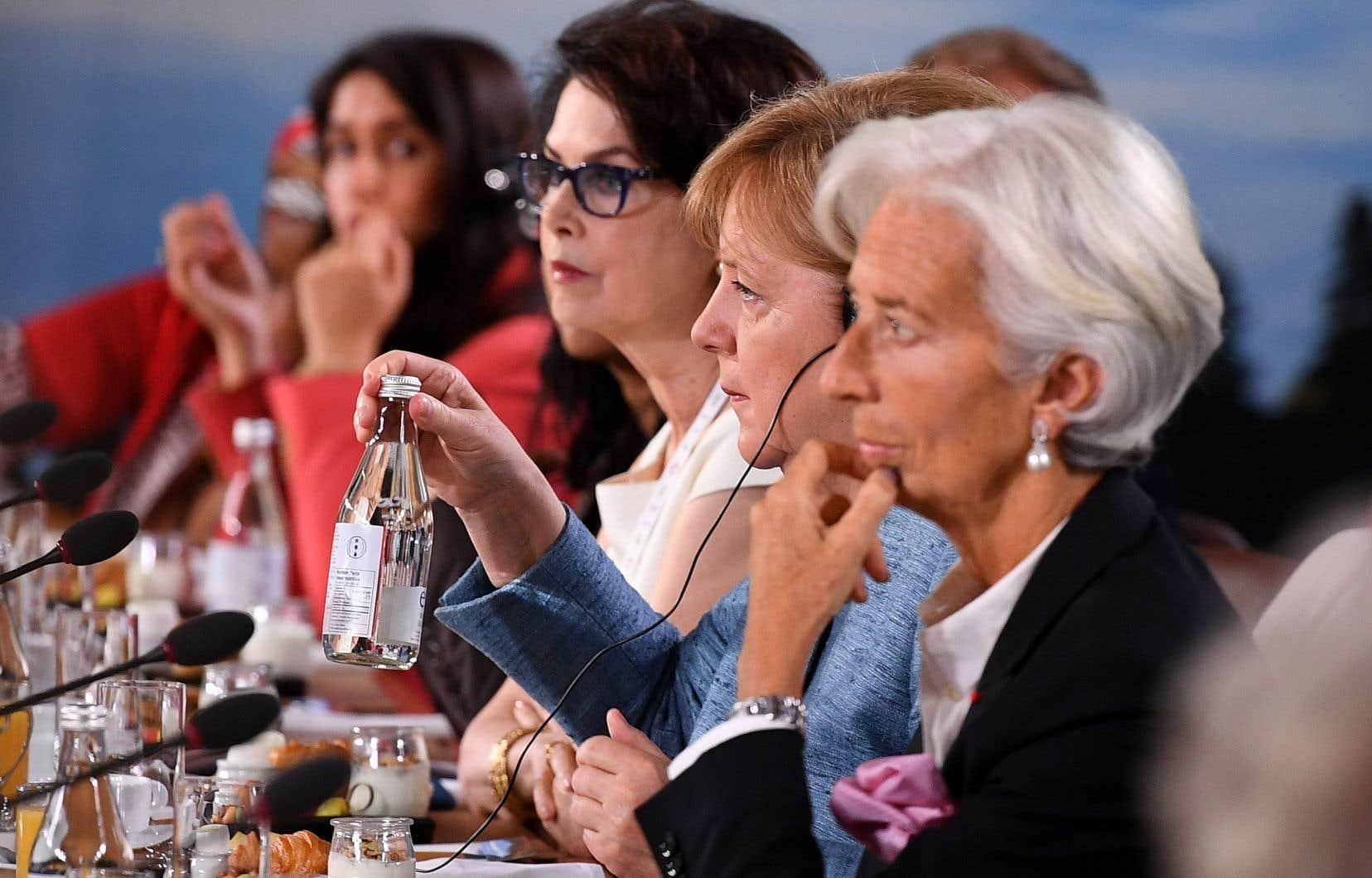 Dayle Haddon, la chancelière allemande, Angela Merkel, et Christine Lagarde ont assisté aux pourparlers du Conseil consultatif pour l'égalité des genres, lors du deuxième jour du sommet du G7.