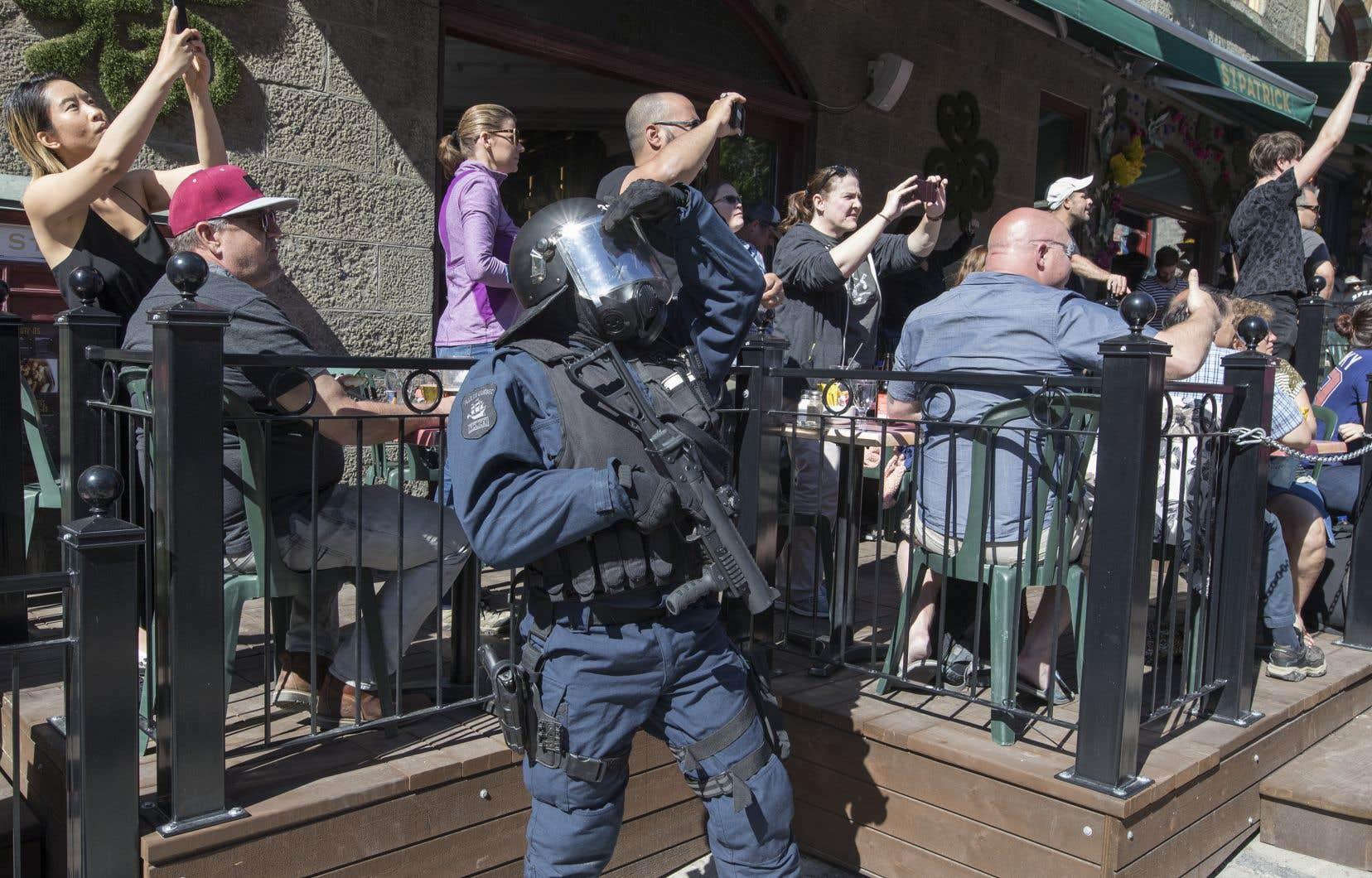 Dans les rues de la Ville de Québec, les policiers — et parfois même les journalistes et les touristes — étaient au cours des derniers jours plus nombreux que les militants opposés au G7.