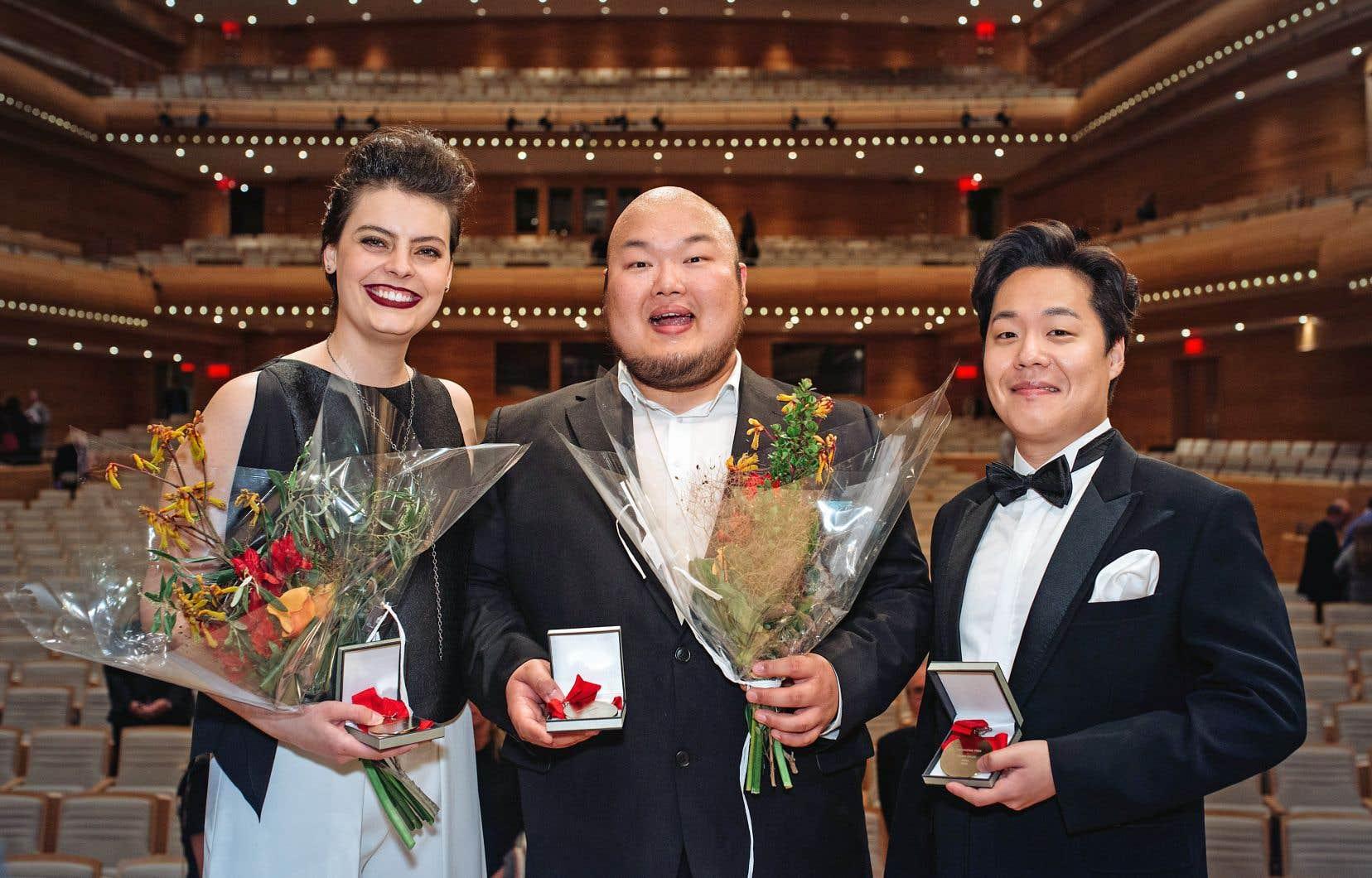 Cela fait une vingtaine d'années que des Coréens, tels que Mario Bahg (au centre), gagnent d'éminents concours de chant.