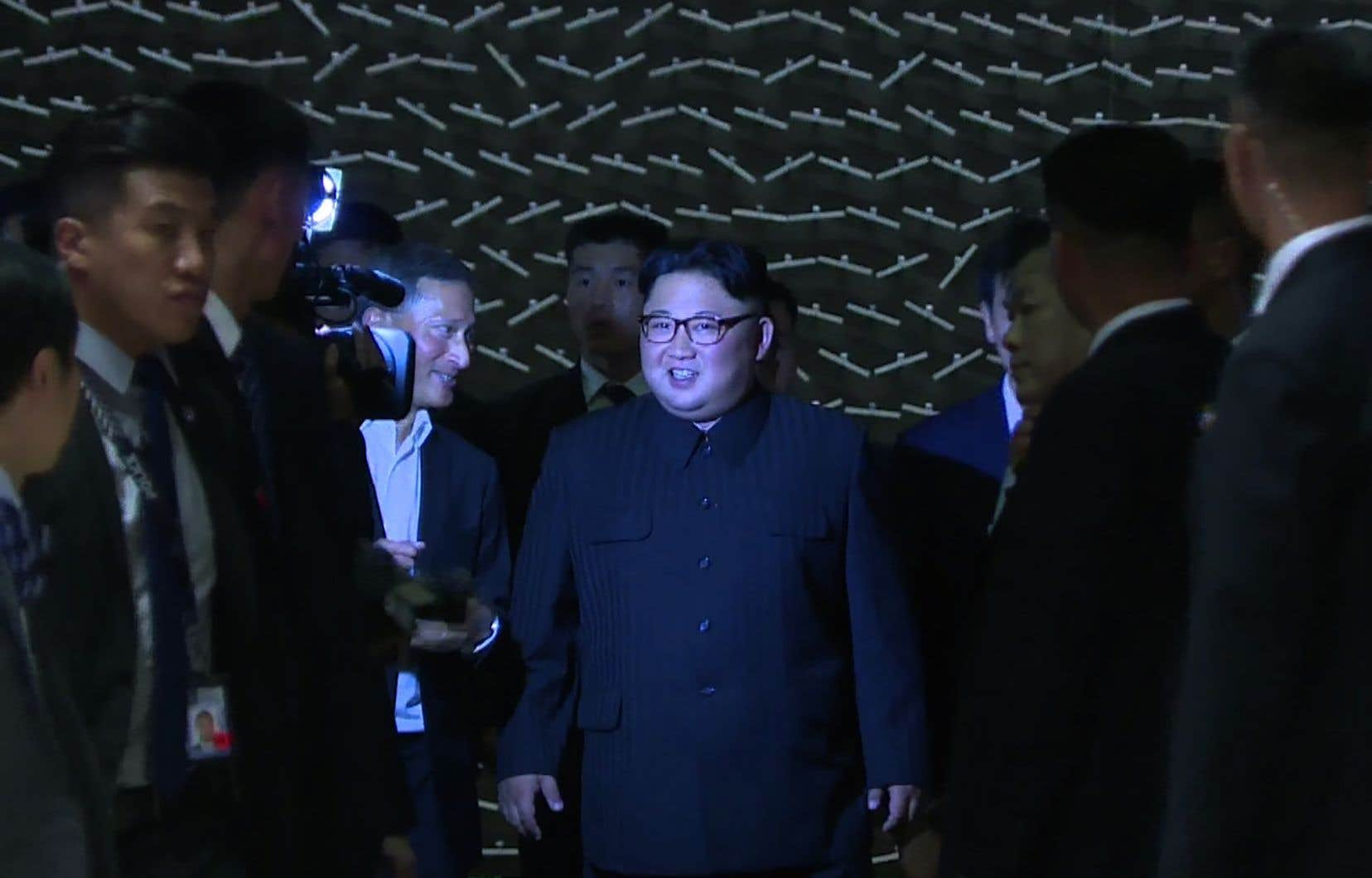 Kim Jong-una visité les hauts lieux touristiques de la ville, dont le Jardin botanique ultramoderne, avant de regagner son hôtel de luxe avant minuit.
