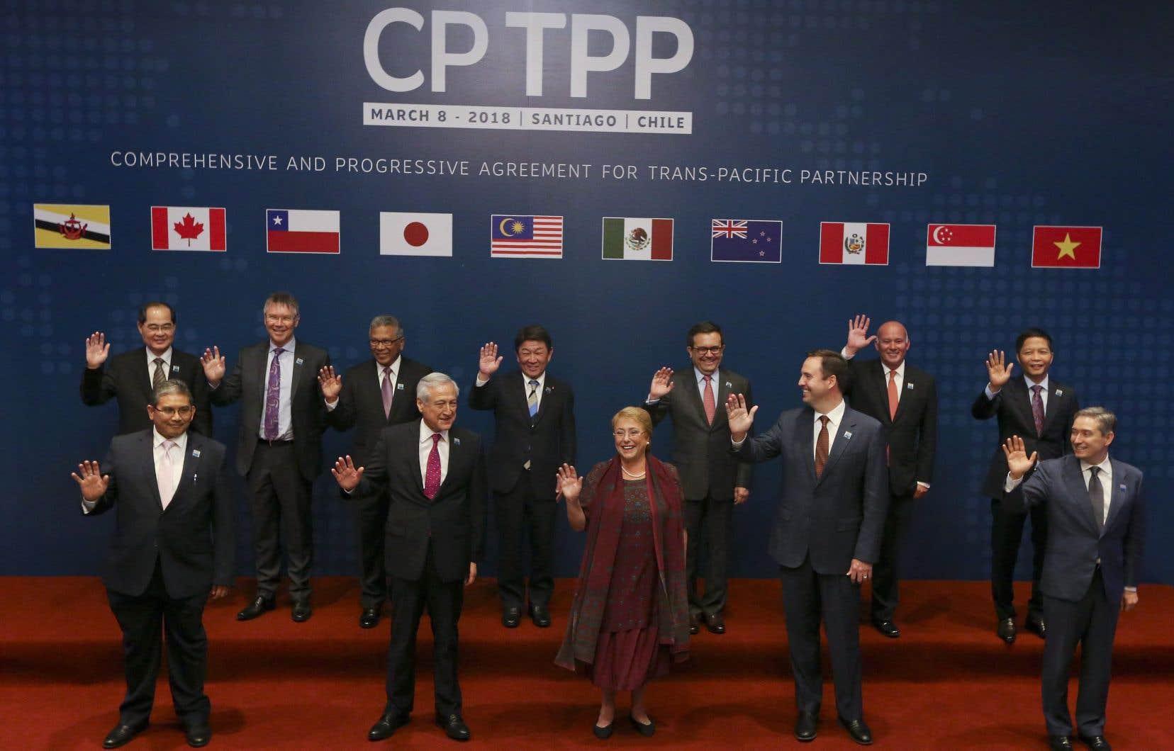 Le PTP doit entrer en vigueur 60 jours après sa ratification par au moins six des 11 pays signataires.