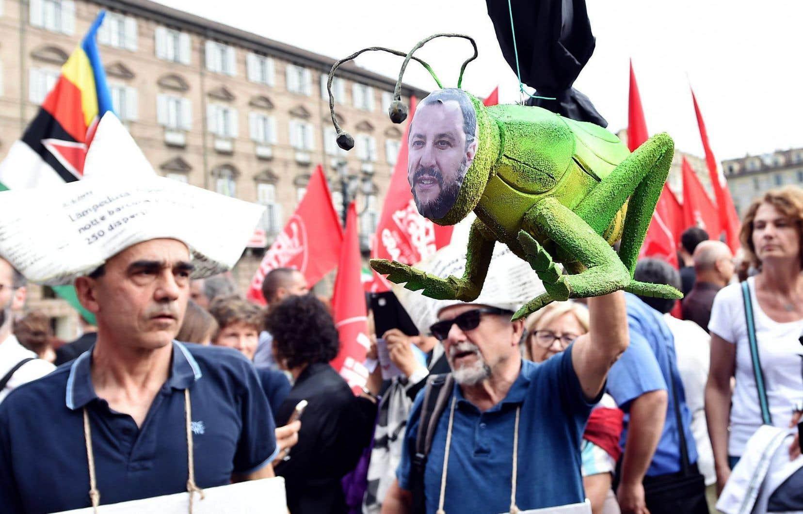 Des manifestations s'opposant au blocus imposé par Matteo Salvini ont eu lieu mardi en Italie, dont à Turin.