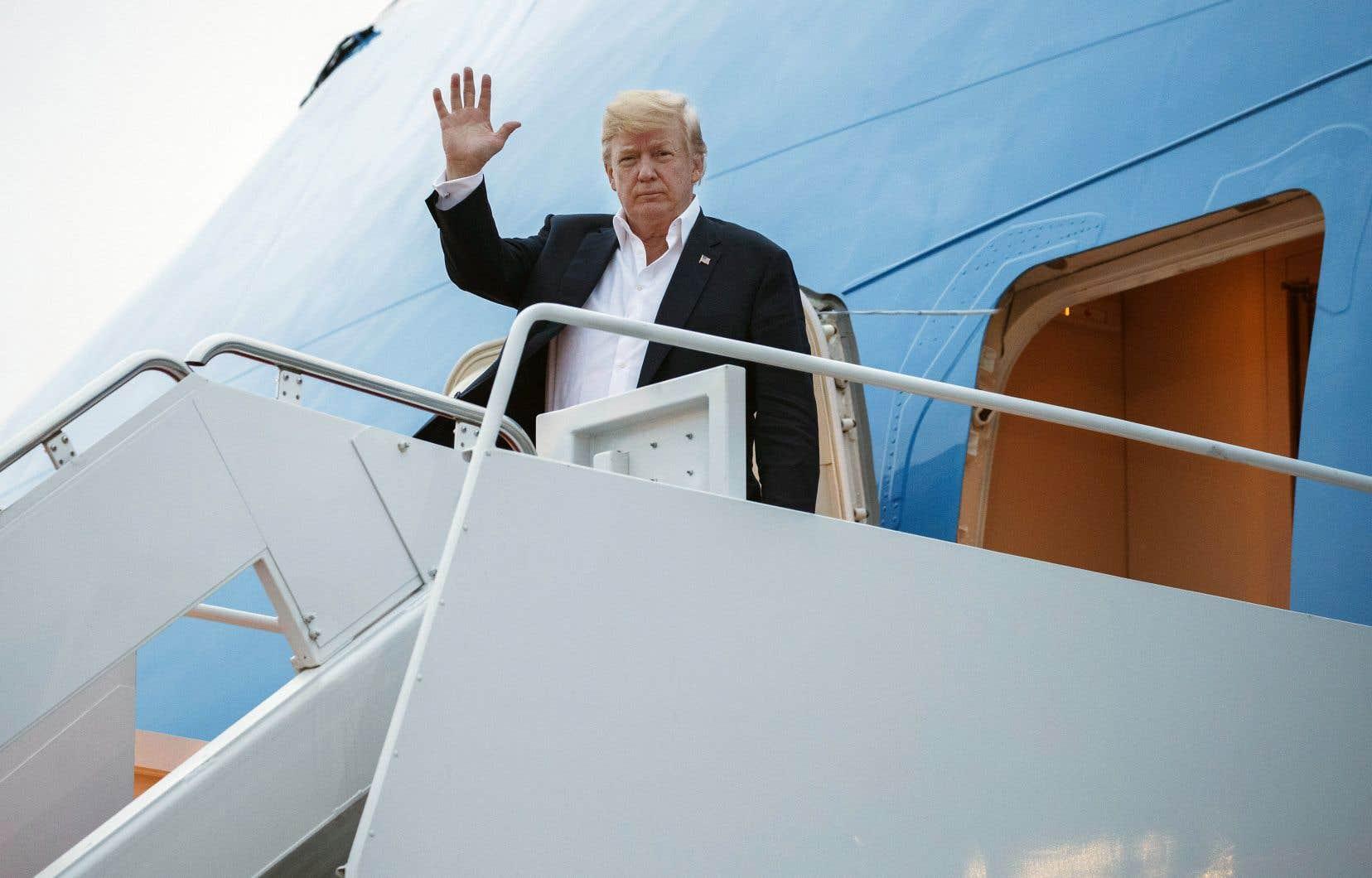 Donald Trump était de retour aux États-Unis, mercredi, et il s'en est rapidement pris à ses détracteurs.