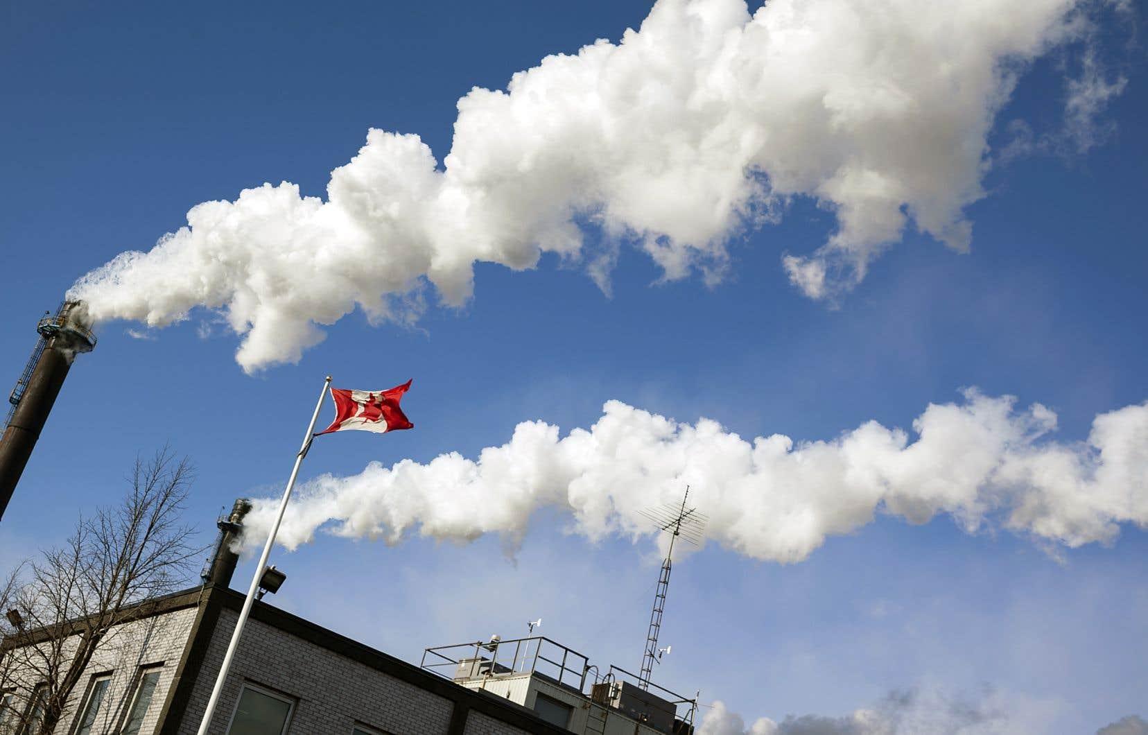 Doug Ford, nouvellement élu premier ministre de l'Ontario, a promis de mettre fin au système de plafonnement et d'échange de droits d'émission et de contrer la taxe fédérale sur le carbone.