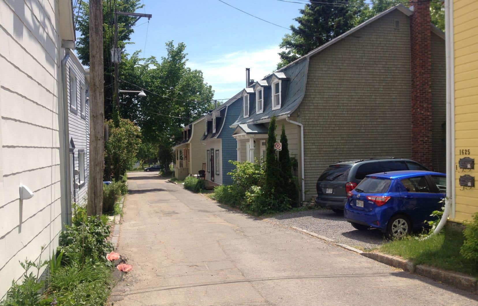 Un trafic automobile continu, dans un si petit quartier, va causer un tort considérable à ceux et celles qui l'habitent, affirme l'auteur.