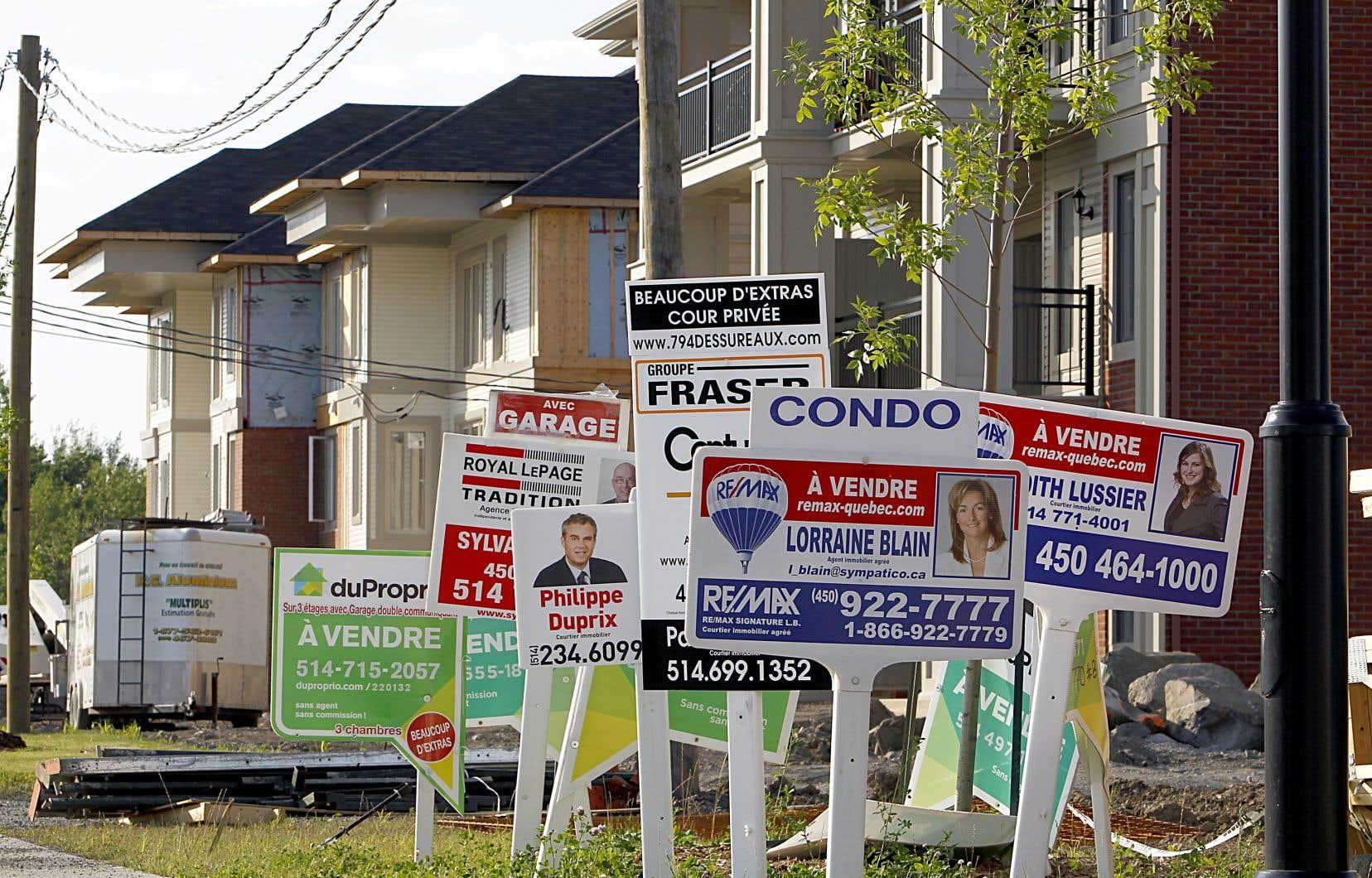 En excluant les grandes régions de Toronto et de Vancouver, le prix moyen des habitations vendues en mai était légèrement supérieur à 391100 $, en baisse de 2 %.