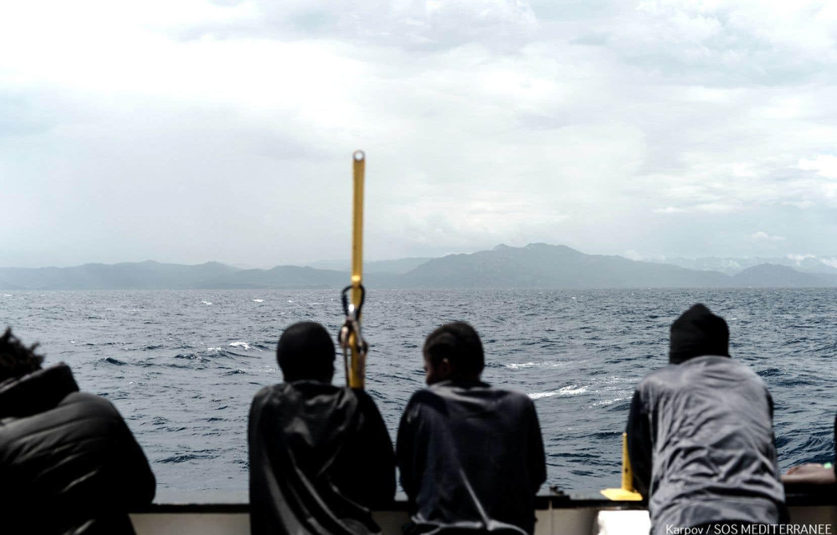Des migrants à bord du navire «Aquarius» le 14 juin dernier
