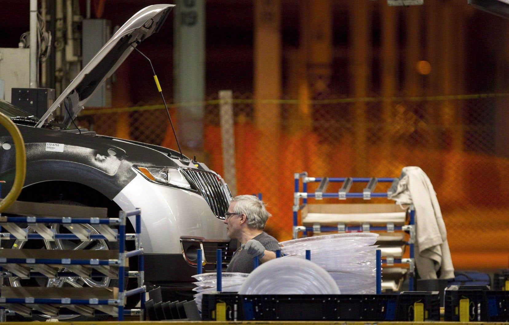 L'impact de nouveaux tarifs américains dans l'automobile, qui mèneraient à des représailles équivalentes de la part du Canada, serait particulièrement dommageable en Ontario.