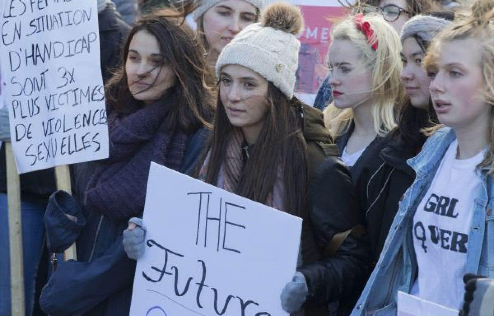 Les mouvements #Agressionnondénoncée et #Moiaussi ont mis en lumière l'étendue des violences sexuelles que subissent majoritairement les femmes en milieu universitaire, souligne l'auteure.