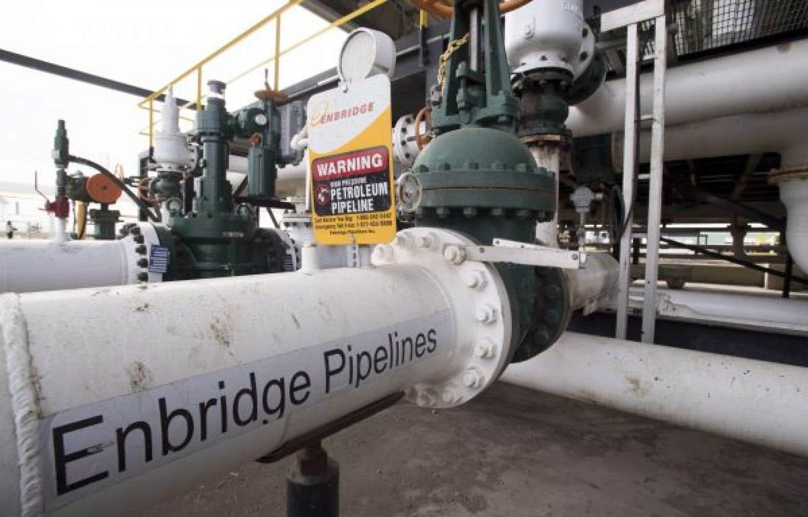 Deux rapports déposés en une semaine ne s'entendent pas sur la capacité de l'Ouest canadien à livrer son pétrole.