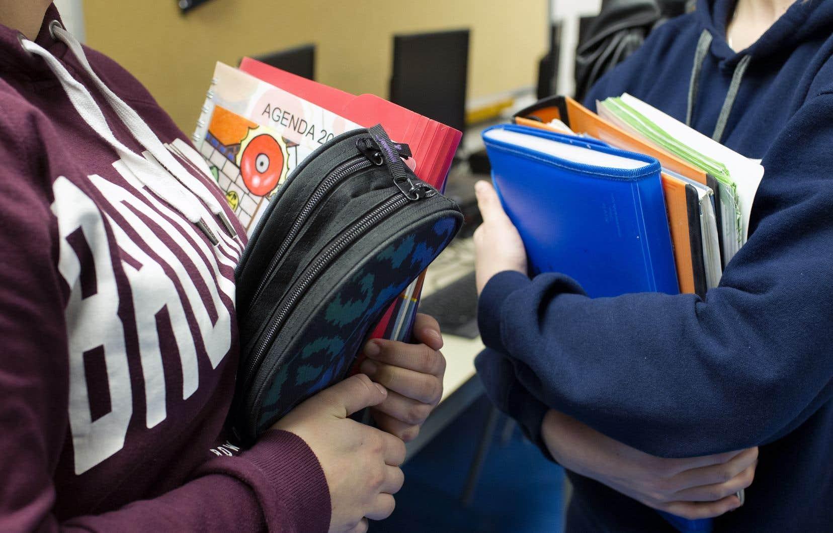C'est la deuxième fois depuis 2016 que le gouvernement révise le programme d'histoire du secondaire.