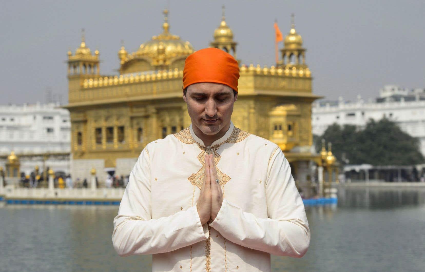 Le premier ministre canadien, Justin Trudeau, en visite au temple d'Or dans la foulée de son voyage controversé en Inde