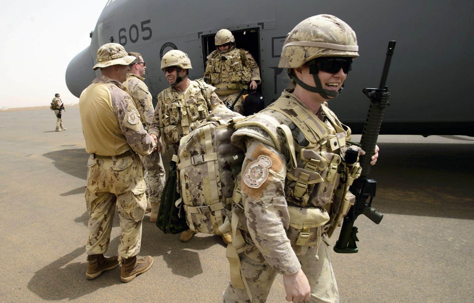 Les troupes de la mission de paix canadienne au Mali sont arrivées lundi à la base de l'ONU, à Gao.