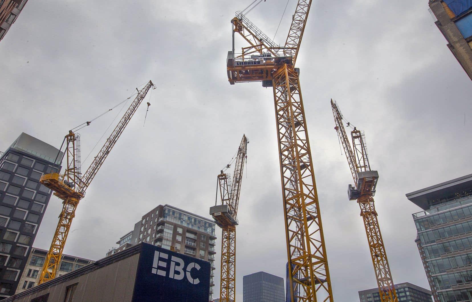 La grève avait débuté le jeudi 14 juin au chantier du nouveau pont Champlain à Montréal, avant de se généraliser à l'ensemble des chantiers, le lundi suivant.