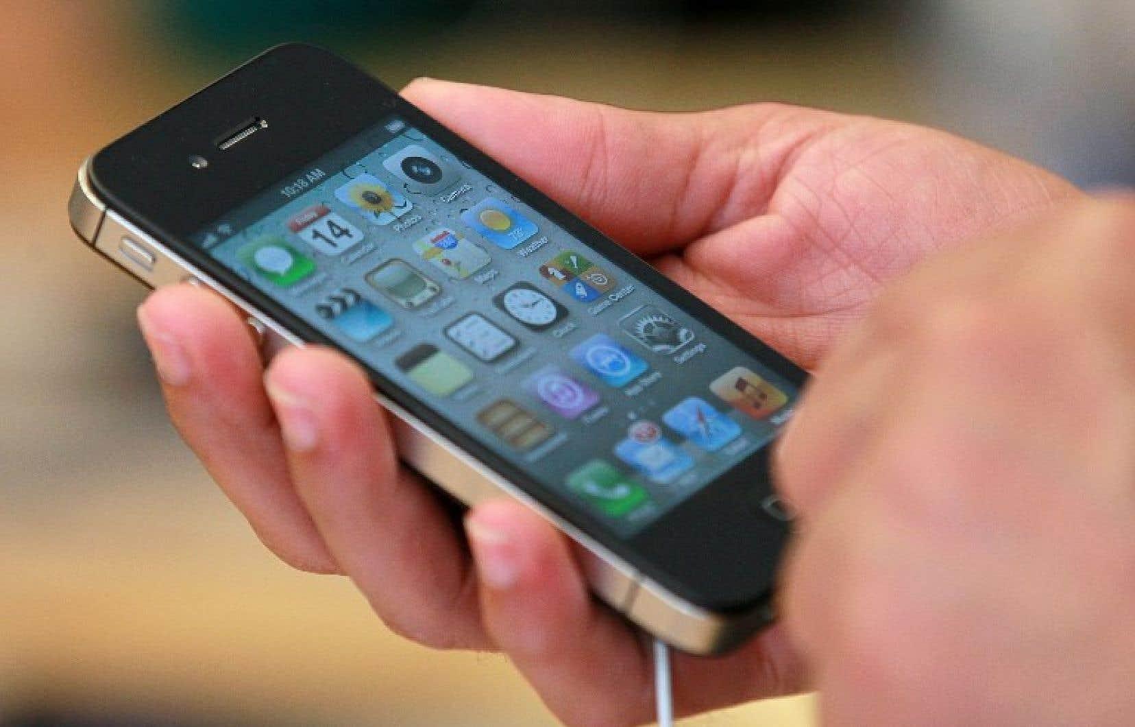Trois brevets d'Apple étaient principalement concernés, portant notamment sur la face rectangulaire avec des bords arrondis du iPhone et sur les icônes colorées rangées sur un écran noir.