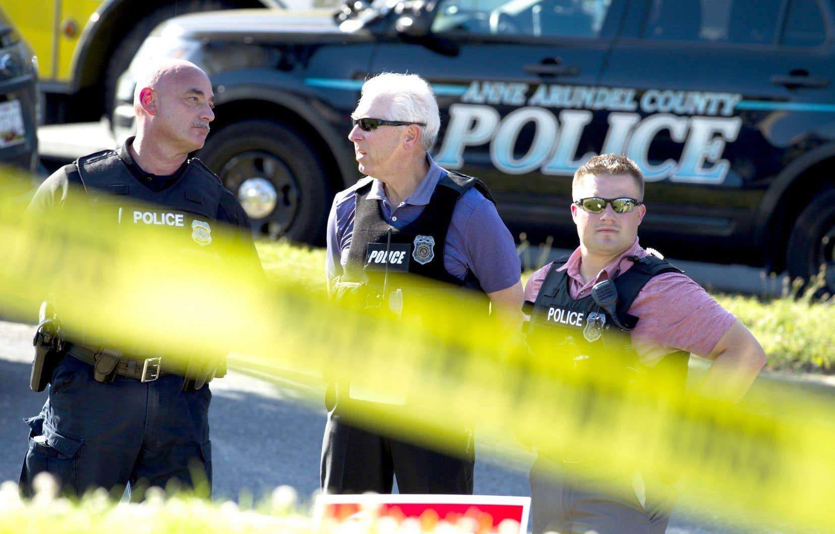 Le quartier entourant les lieux de l'«attaque ciblée» a été bouclé par les policiers.
