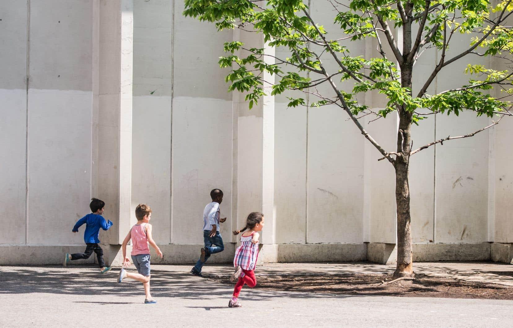 Selon l'avis publié sur les portails Web des commissions scolaires visées, chaque parent recevrait de 28,49$ par élève par année scolaire couverte par le recours.