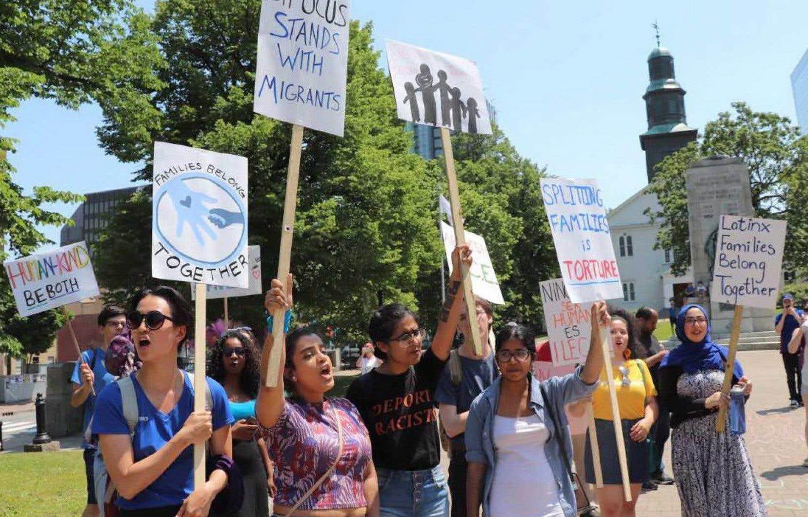 Plus d'une dizaine de manifestations ont été organisées aux quatre coins du pays, dont une à Halifax.