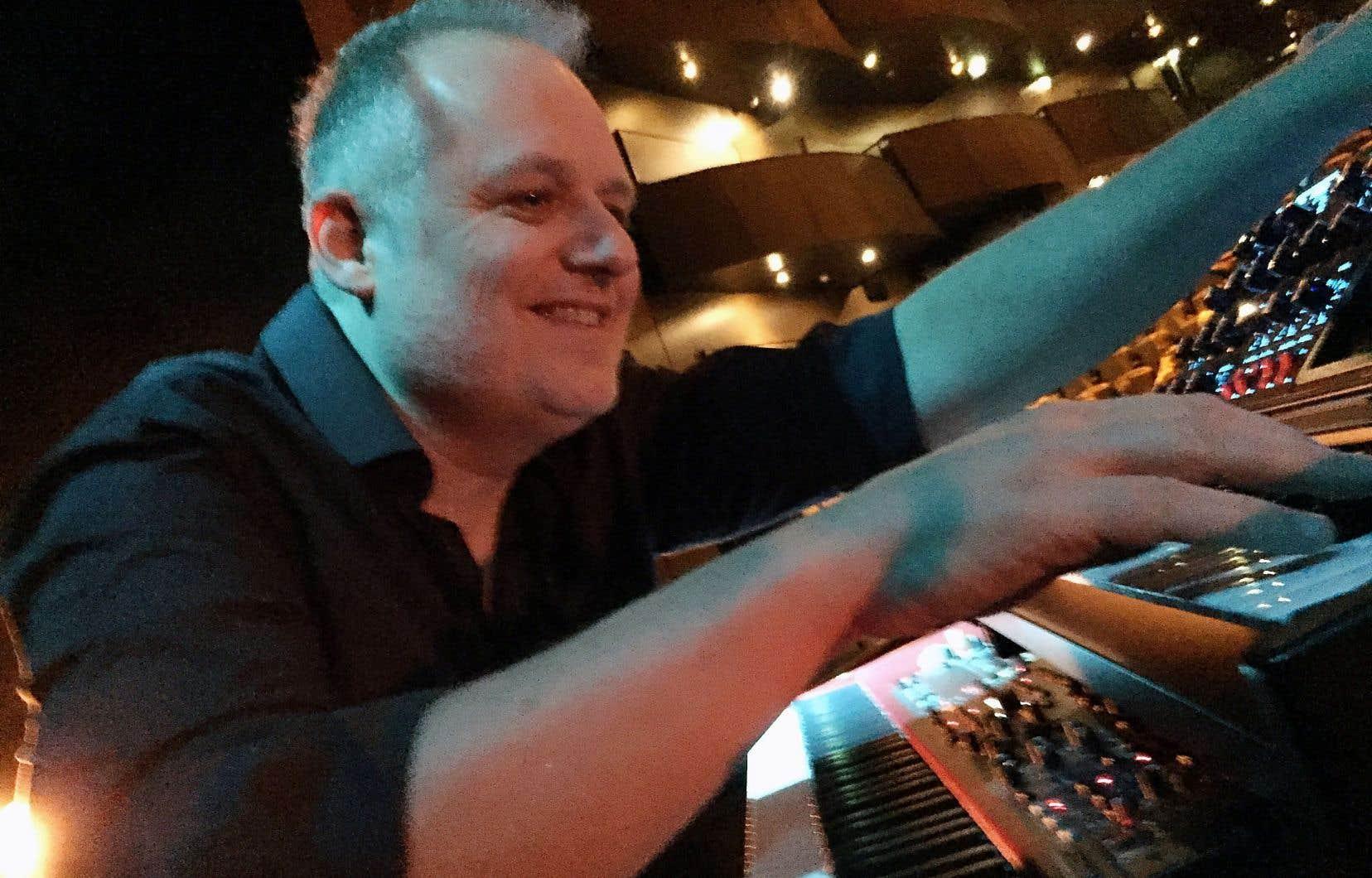 Le claviériste émérite Vincent Réhel
