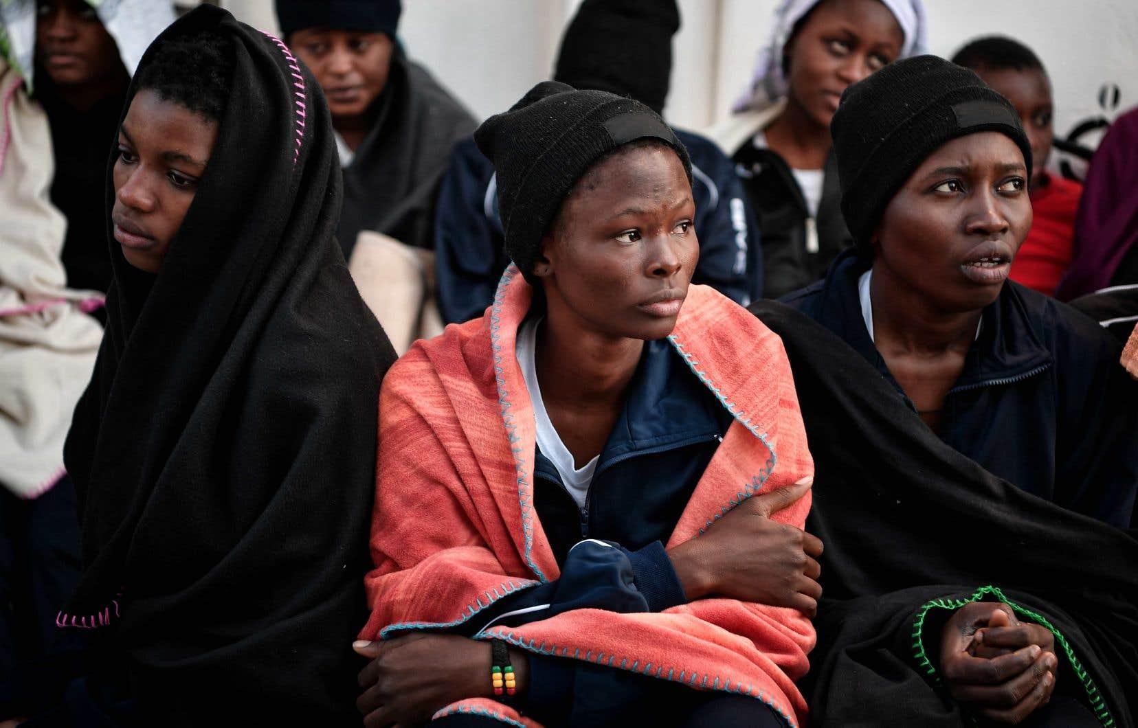 Migrantes rescapées à bord de l'«Aquarius», en mai dernier