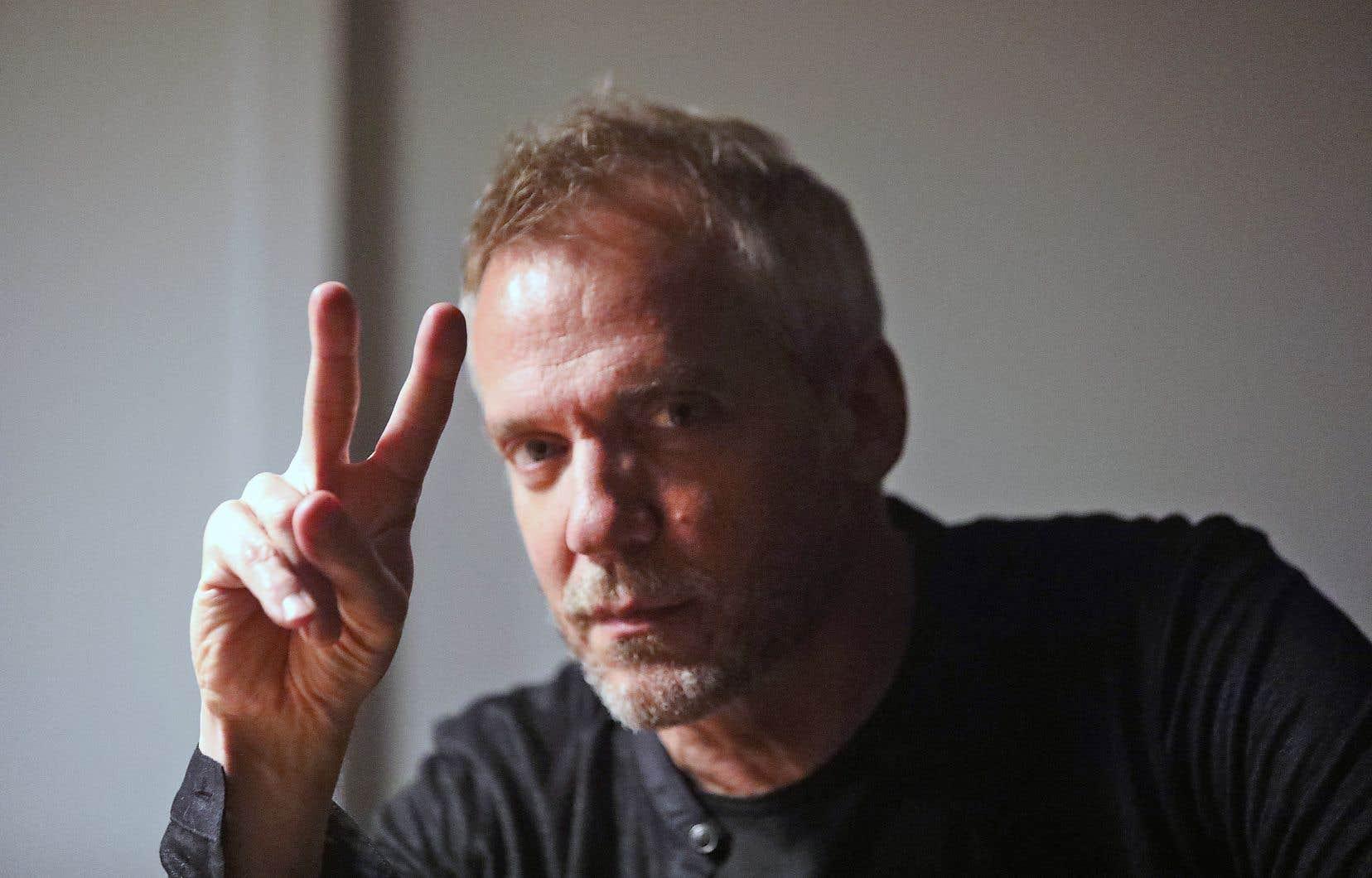 Le réalisateur Jean-Marc Vallée est en postproduction de la série «Sharp Objects» à Montréal pour les trois prochaines semaines.