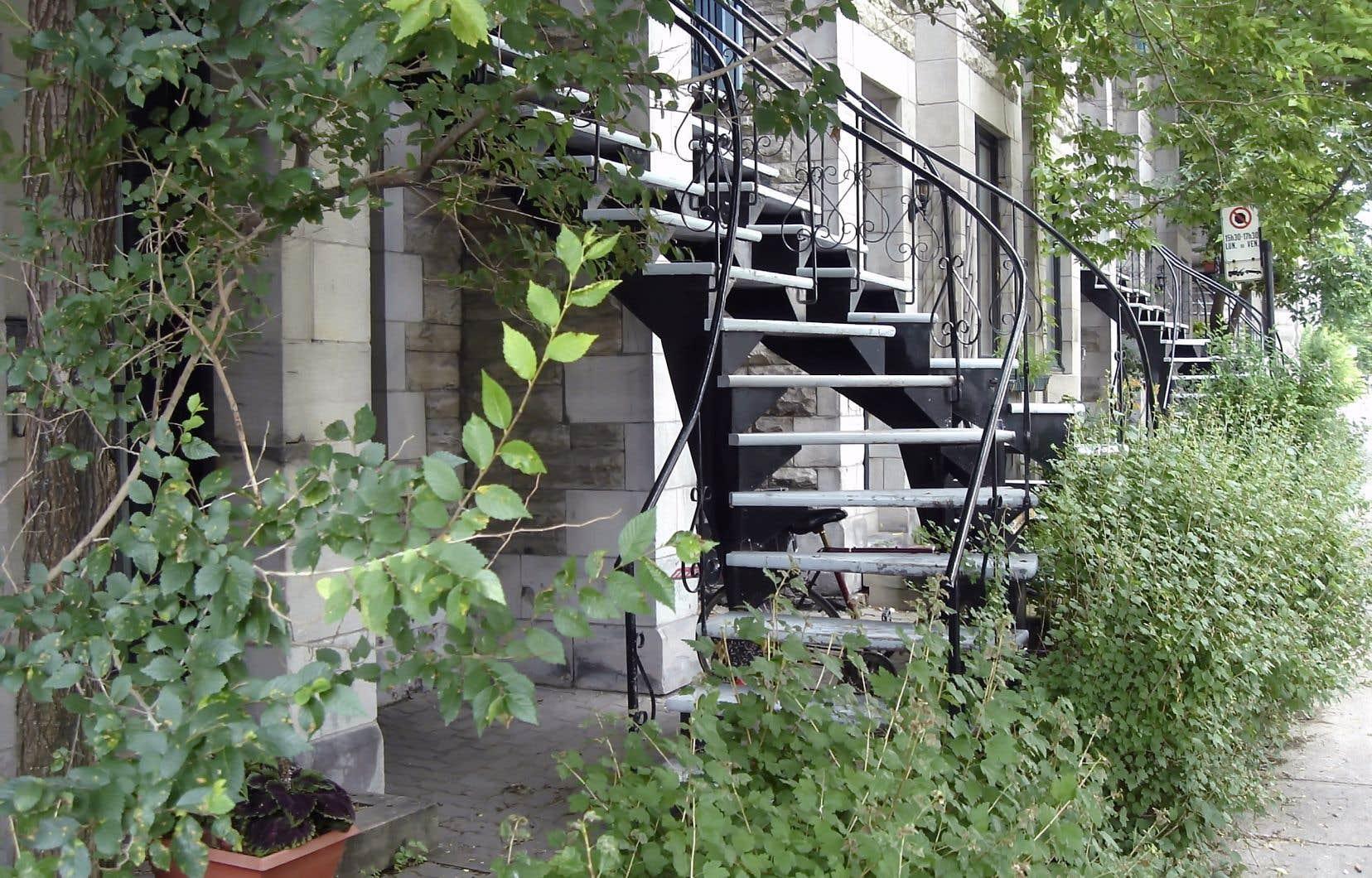 Québec a décidé d'encadrer Airbnb et les plateformes d'hébergement du même type avec la loi 67, entrée en vigueur en avril 2016.