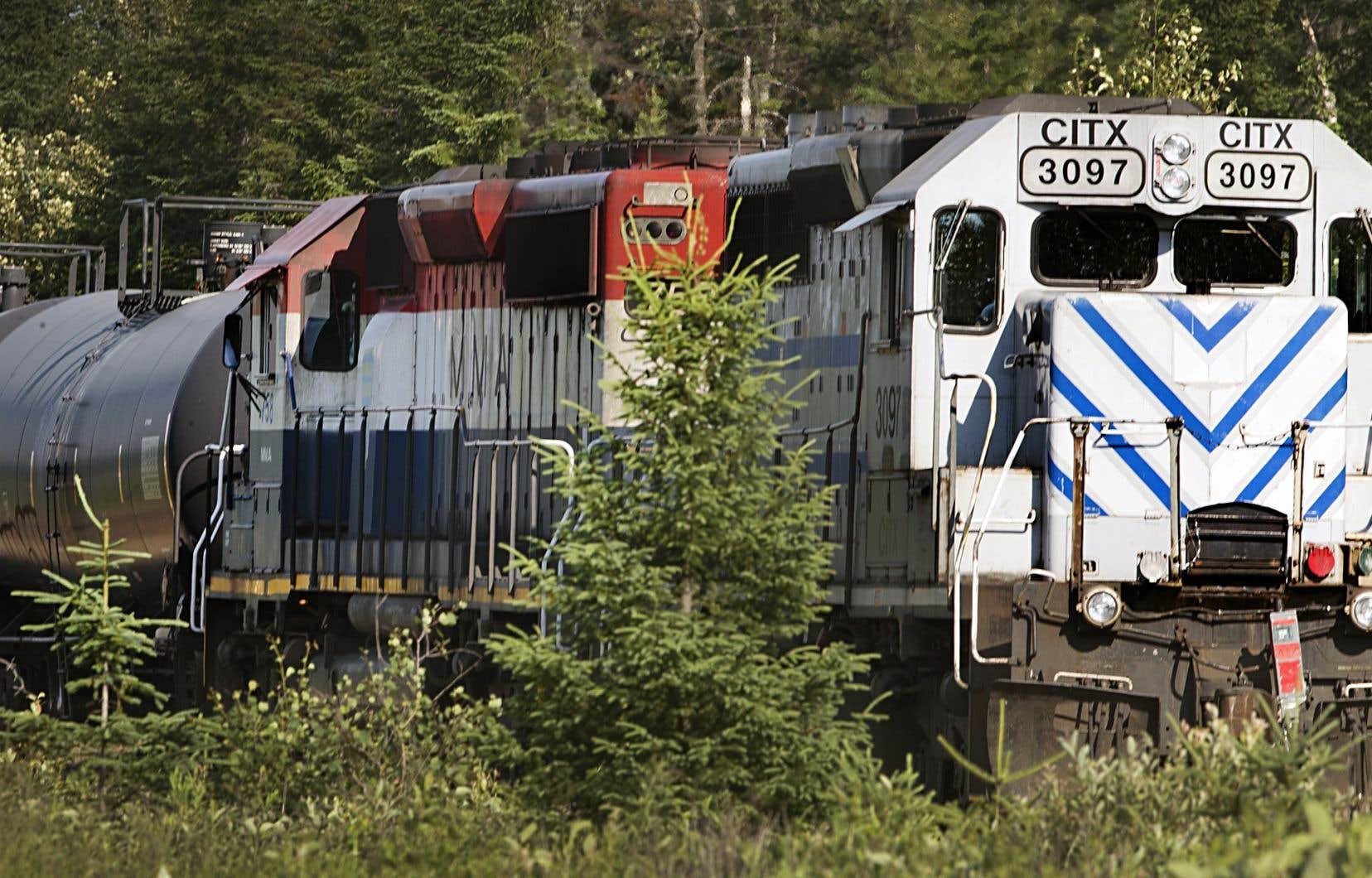 Le Bureau de la sécurité des transports s'est récemment penché sur les «lacunes» qui subsistent dans la formation des employés qui, par télécommande, sont chargés de déplacer les trains dans les triages.