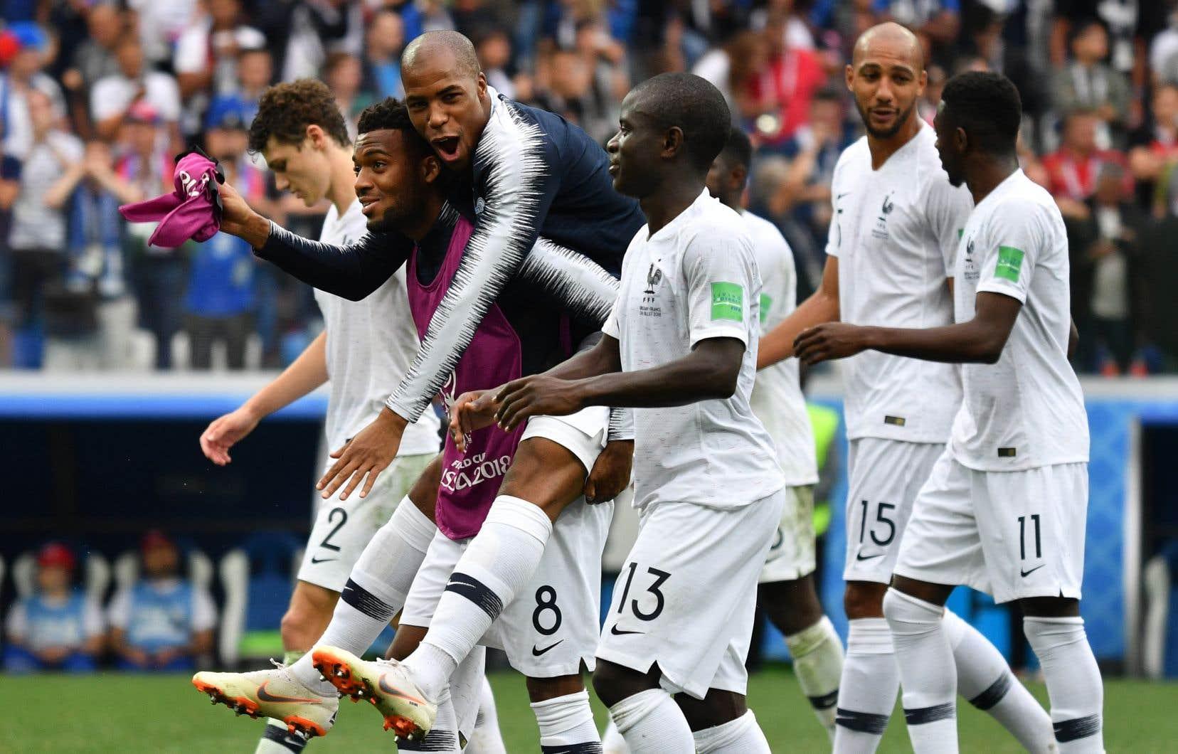 La France accède ainsi au carré d'as de la Coupe du monde pour la première fois depuis 2006.