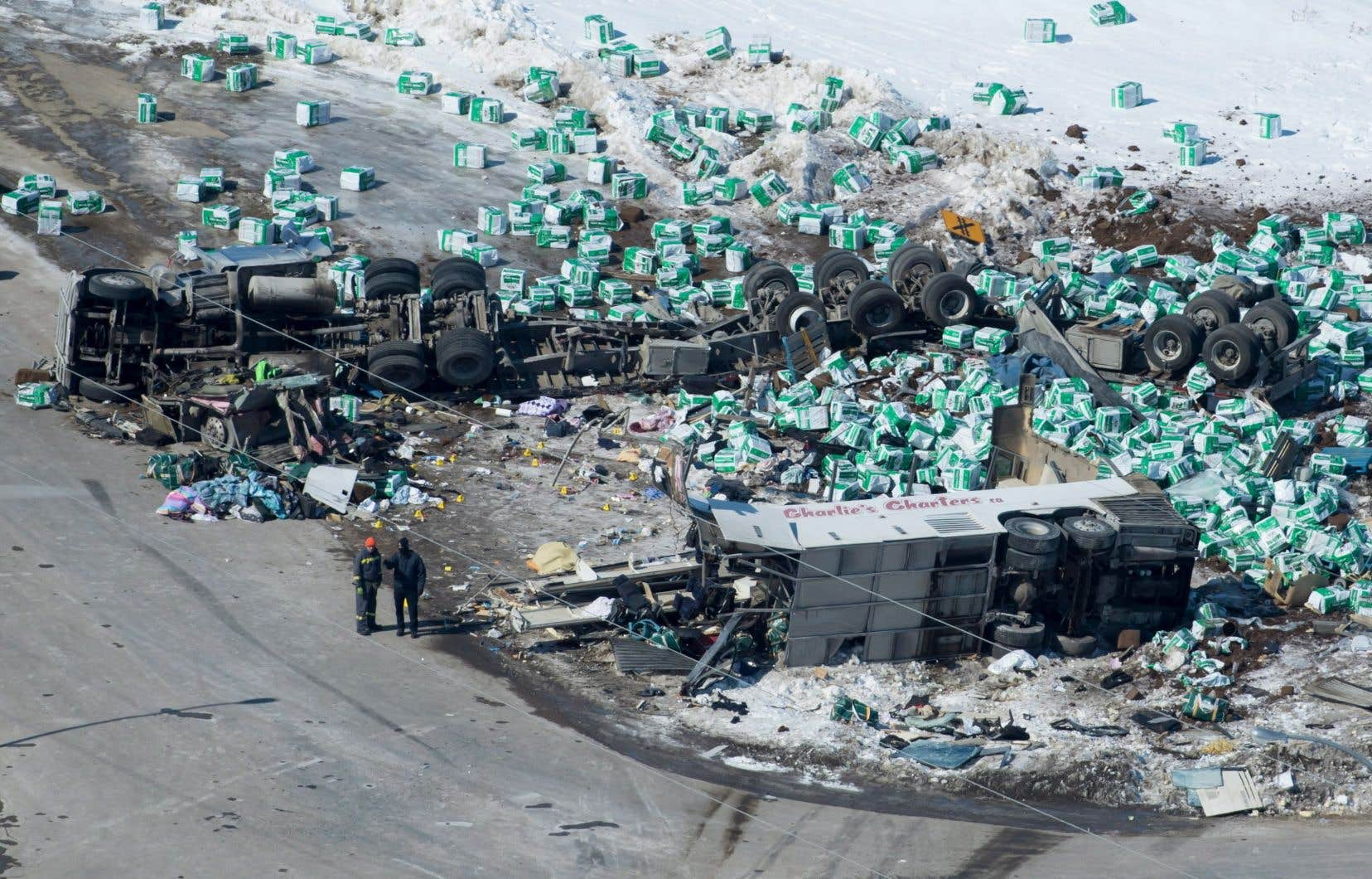 <p>Le chauffeur du camion n'avait pas été blessé dans la collision, qui a fait16 mortset 13 blessés.</p>