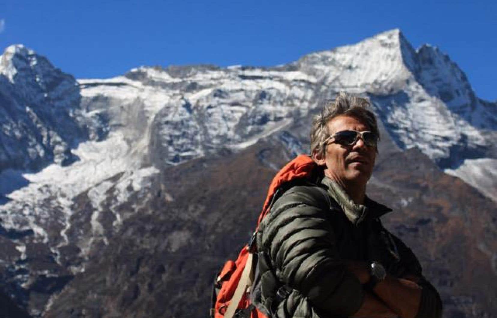 M.Dessureault dirigeait une expédition baptisée «?K2-Broad Peak?» et comptant neuf membres.