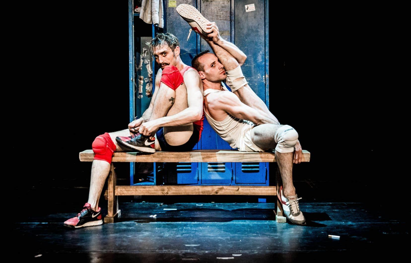 Les questions d'ordre sociologique, philosophique et anthropologique que soulèvent Alfonso Barón et Luciano Rosso n'empêchent pas le spectacle d'être comique et sensuel.