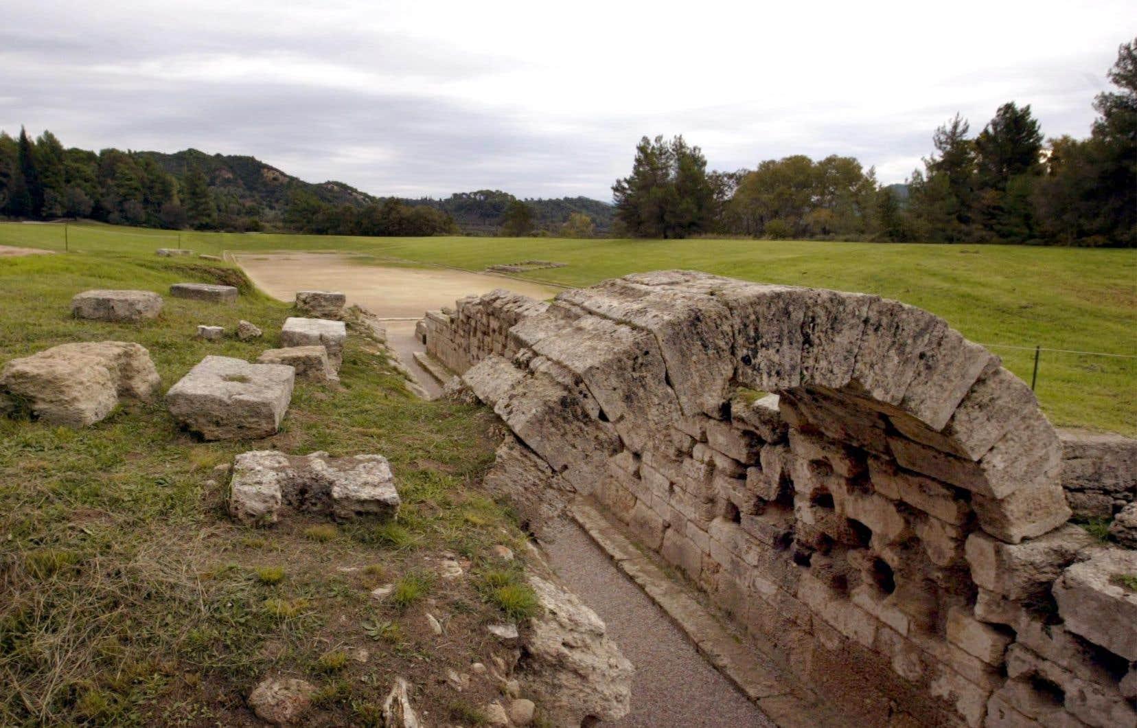 La plaquette a été découverte autour des vestiges du temple de Zeus sur le site du berceau des Jeux olympiques.
