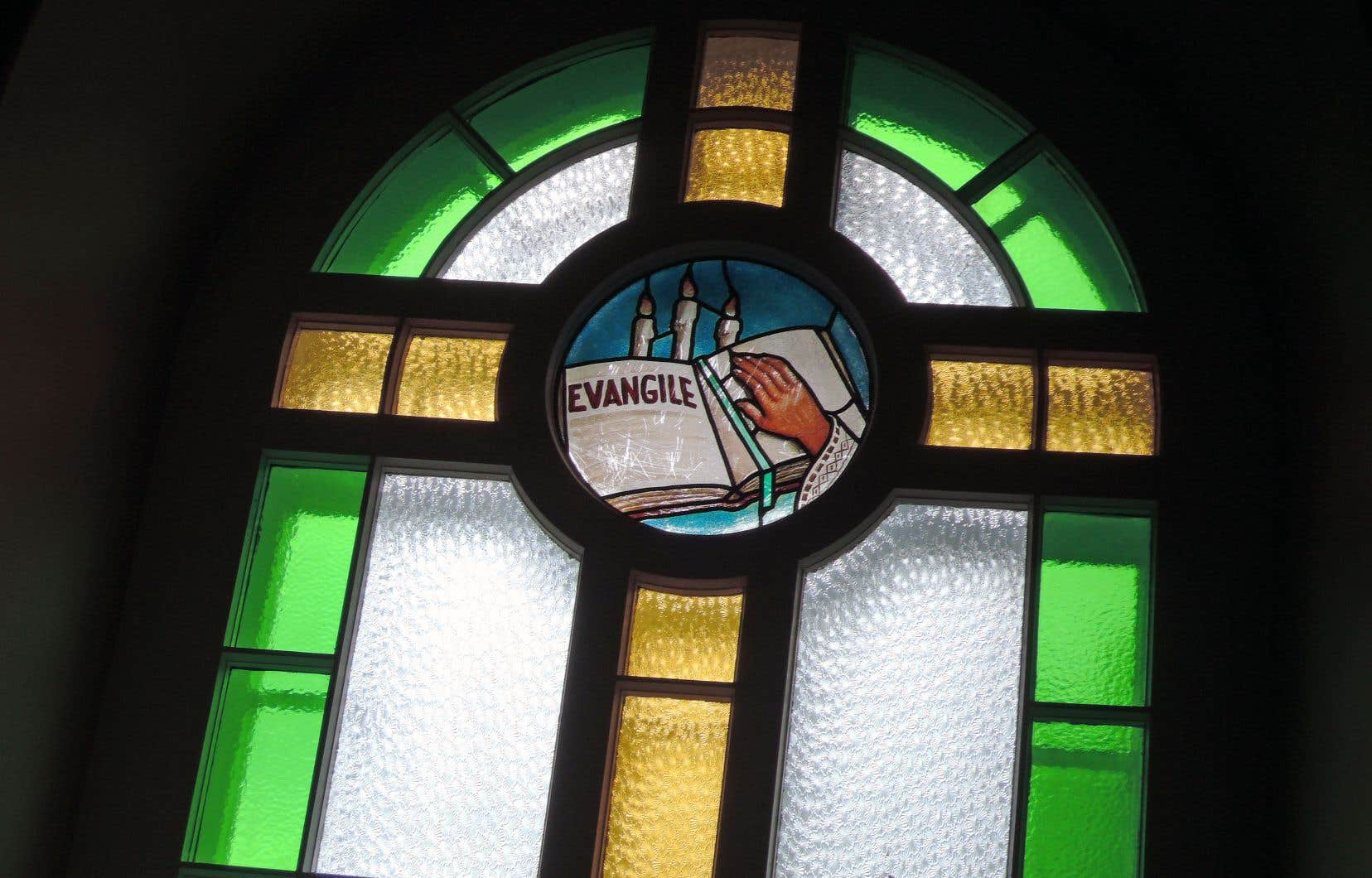 La charité présente cette caractéristique unique d'être au fondement de la foi commune des chrétiens.