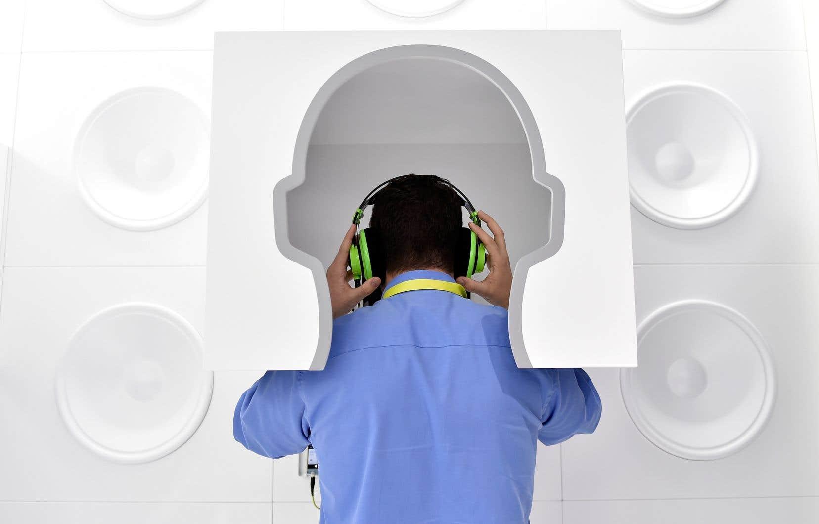 Le neuroscientifique Robert Zatorre et ses collègues étudient les effets de la musique sur nos émotions.