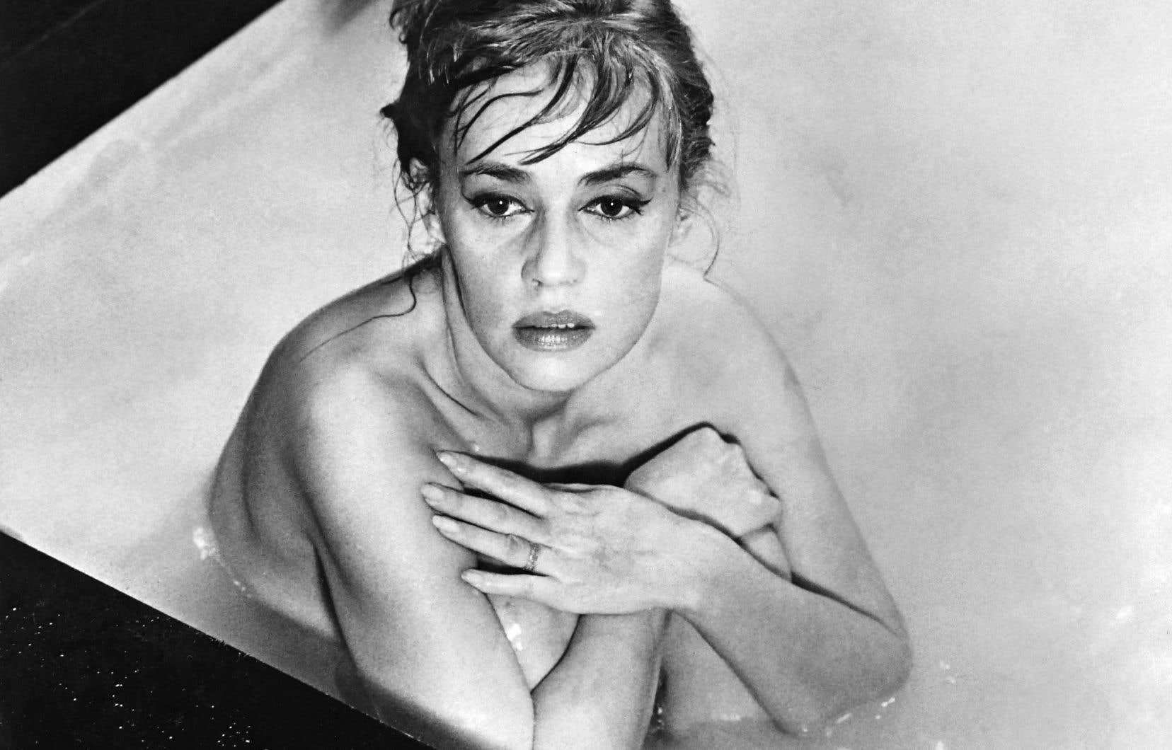 Jeanne Moreau sur le plateau d'«Eva», en 1961. Le recueil «Jeanne forever» brosse le portrait de l'actrice à travers ses différentes incarnations à l'écran.