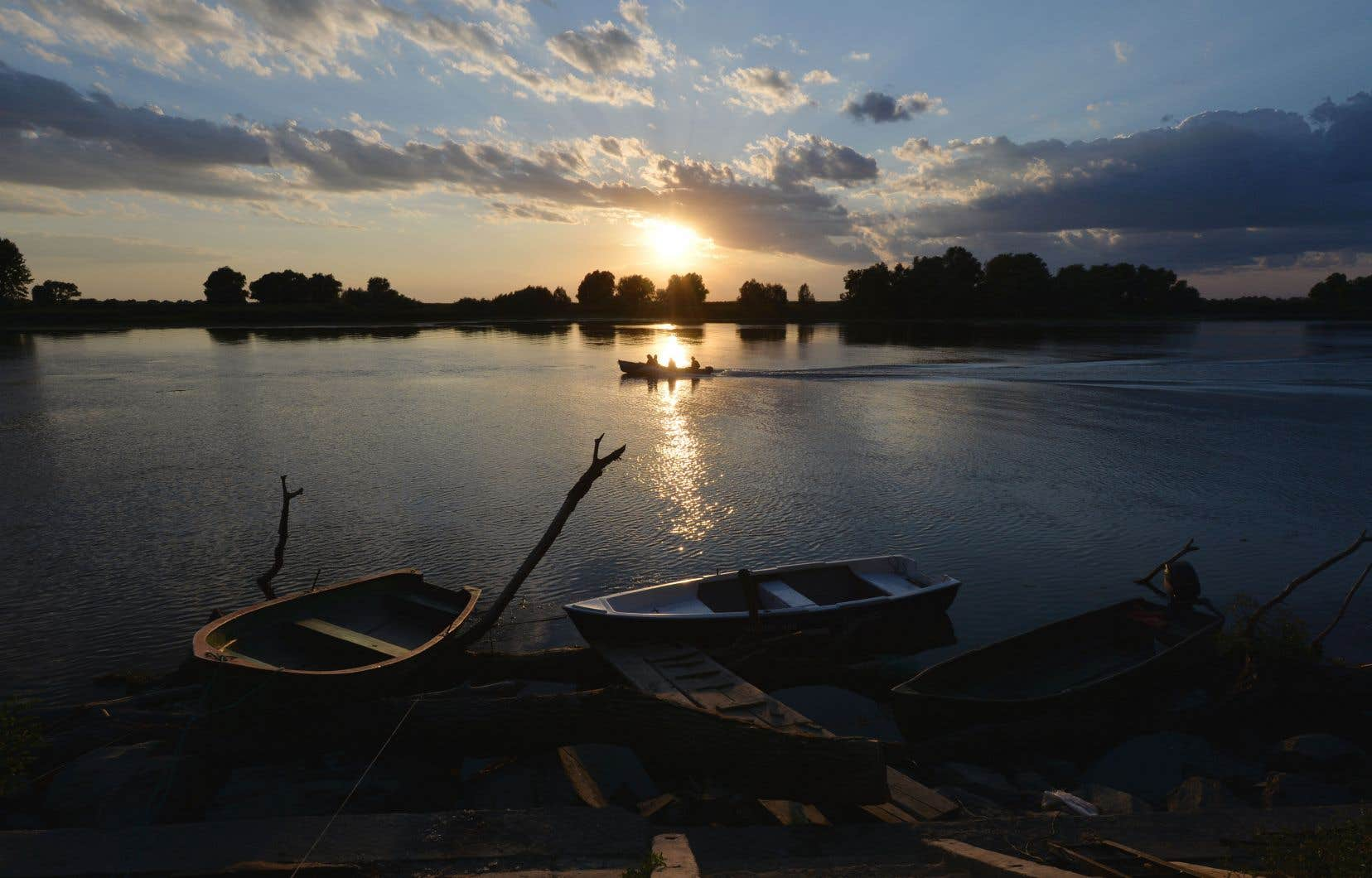 Cet itinéraire nous mènera jusqu'au delta du Danube, en Roumanie, «là où le fleuve et toutes les poussières de l'Europe viennent se mêler aux eaux de la mer».