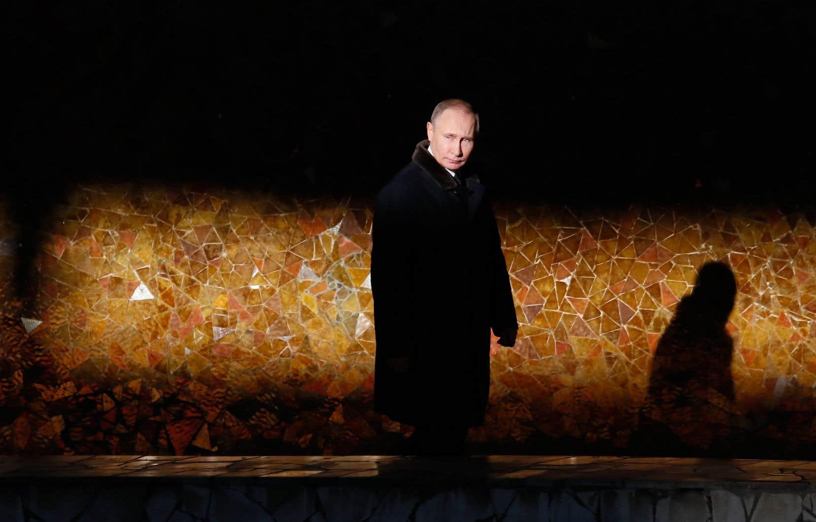Vladimir Poutine a connu quatre présidents américains, avec lesquels les tentatives de construire de bonnes relations n'ont jamais duré.
