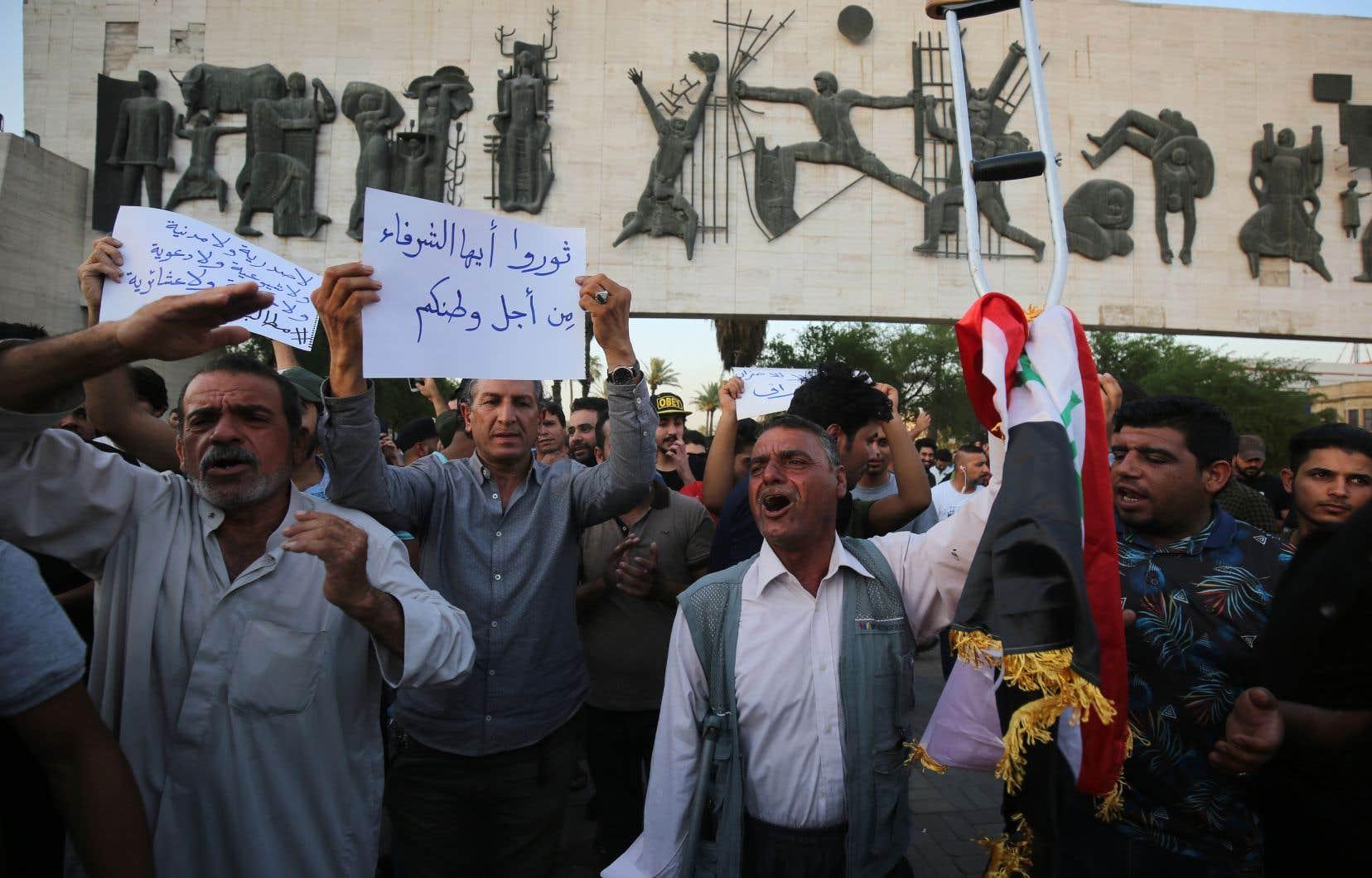 Six mois après la proclamation par les autorités de la «victoire» sur le groupe État islamique, les problèmes sociaux sont redevenus la priorité.