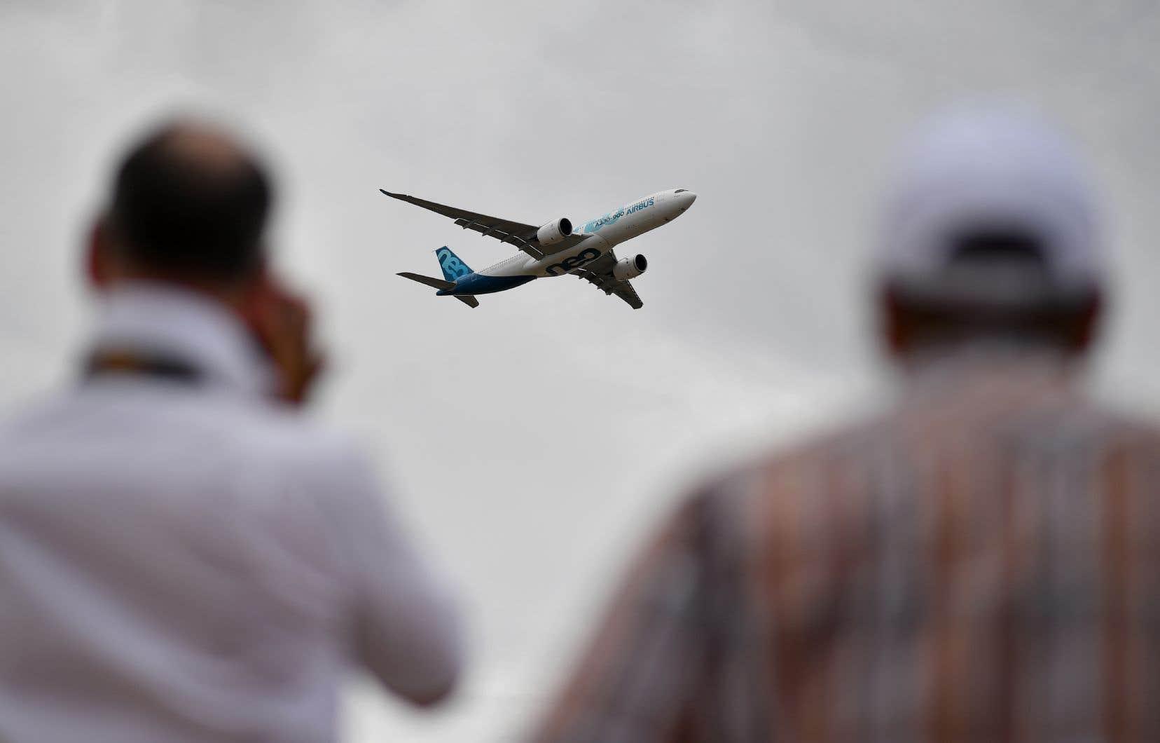 Les progrès technologiques ont permis de réduire les émissions de CO2 par siège de 80% depuis le premier avion à réaction.