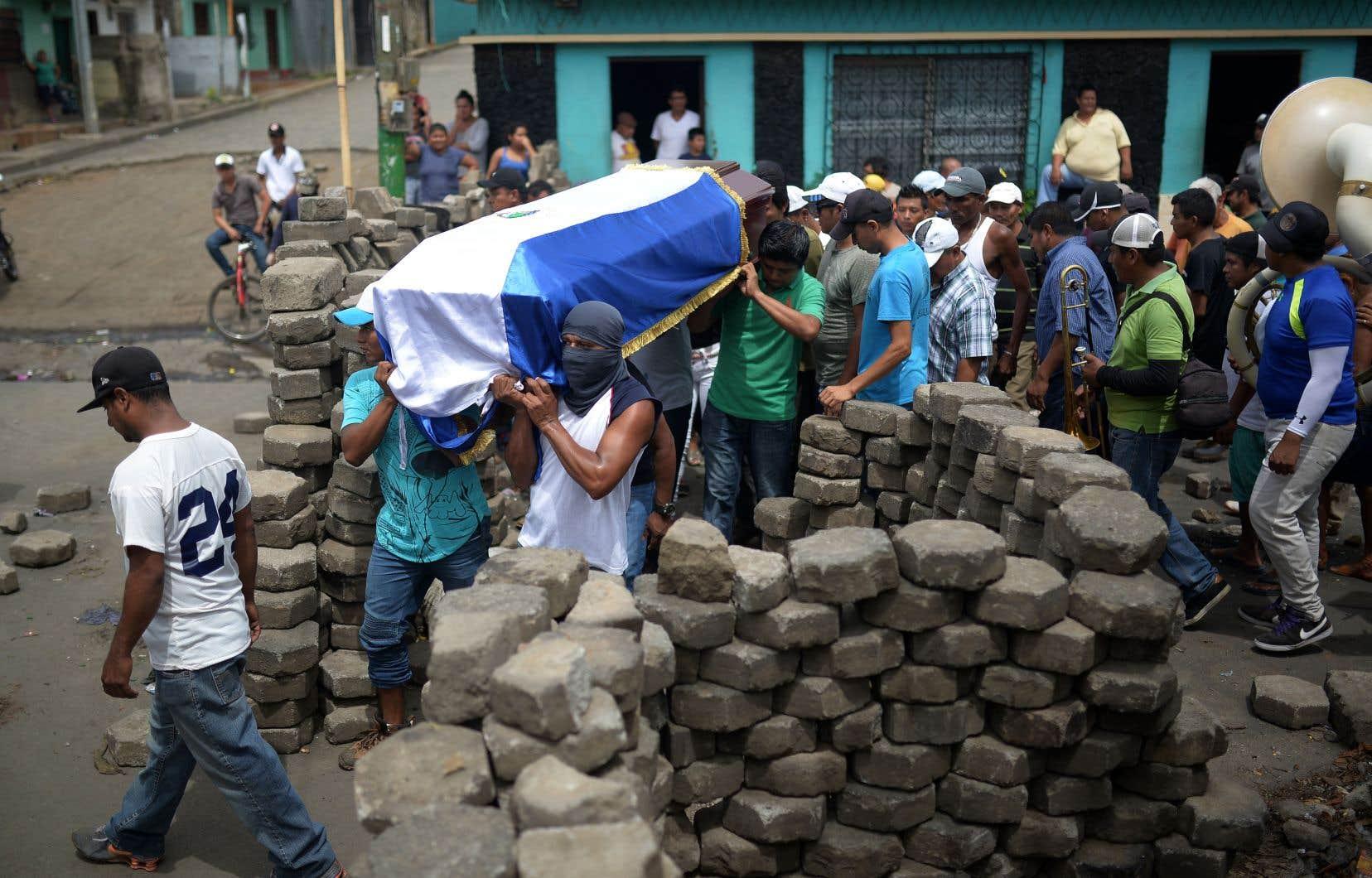Des manifestations violemment réprimées ont fait des centaines de morts, comme ici à Masaya.