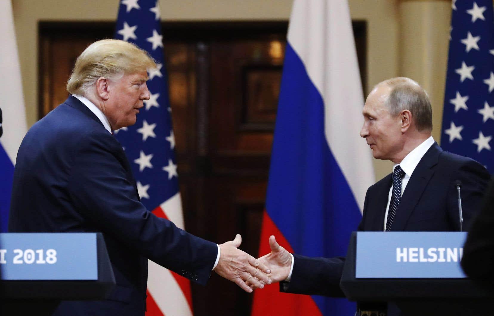 Jeudi après-midi, la Maison-Blanche a tenté de clore une des nombreuses polémiques nées de la désormais célèbre conférence de presse sur la Baltique.