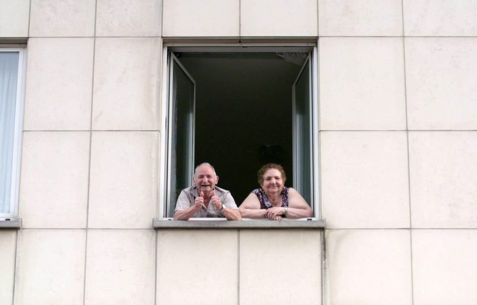 Les Français sont raides dingues des Belges! En tout cas, c'est ce qu'avancent les réalisateurs Marc Ball et Gilles Dal dans la série documentaire «Topoï».