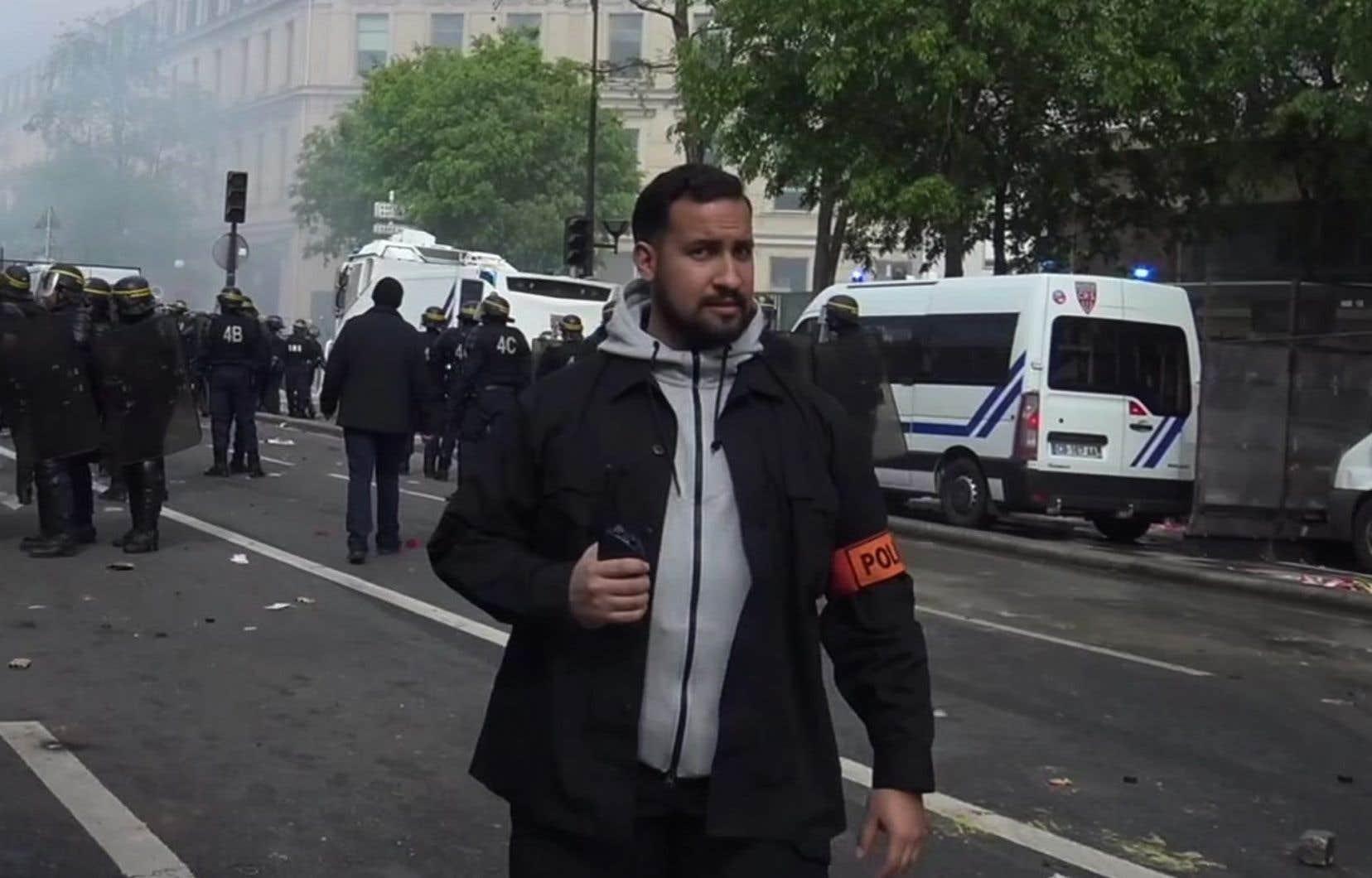 Alexandre Benalla est aperçu sur les lieux de la manifestation du 1er mai, à Paris.