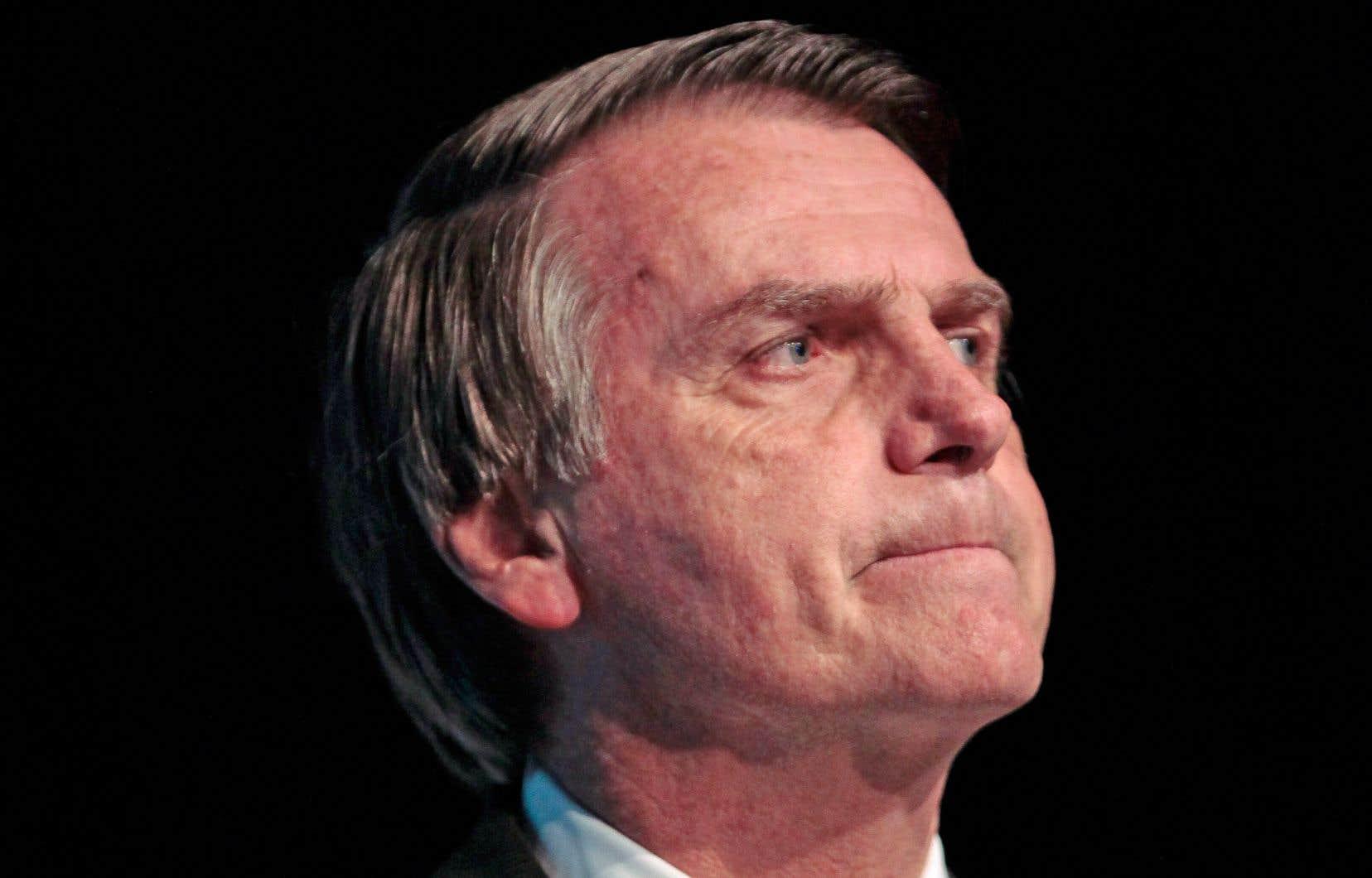 Malgré toutes les controverses, le député Jair Bolsonaro est en tête des intentions de vote pour le premier tour.
