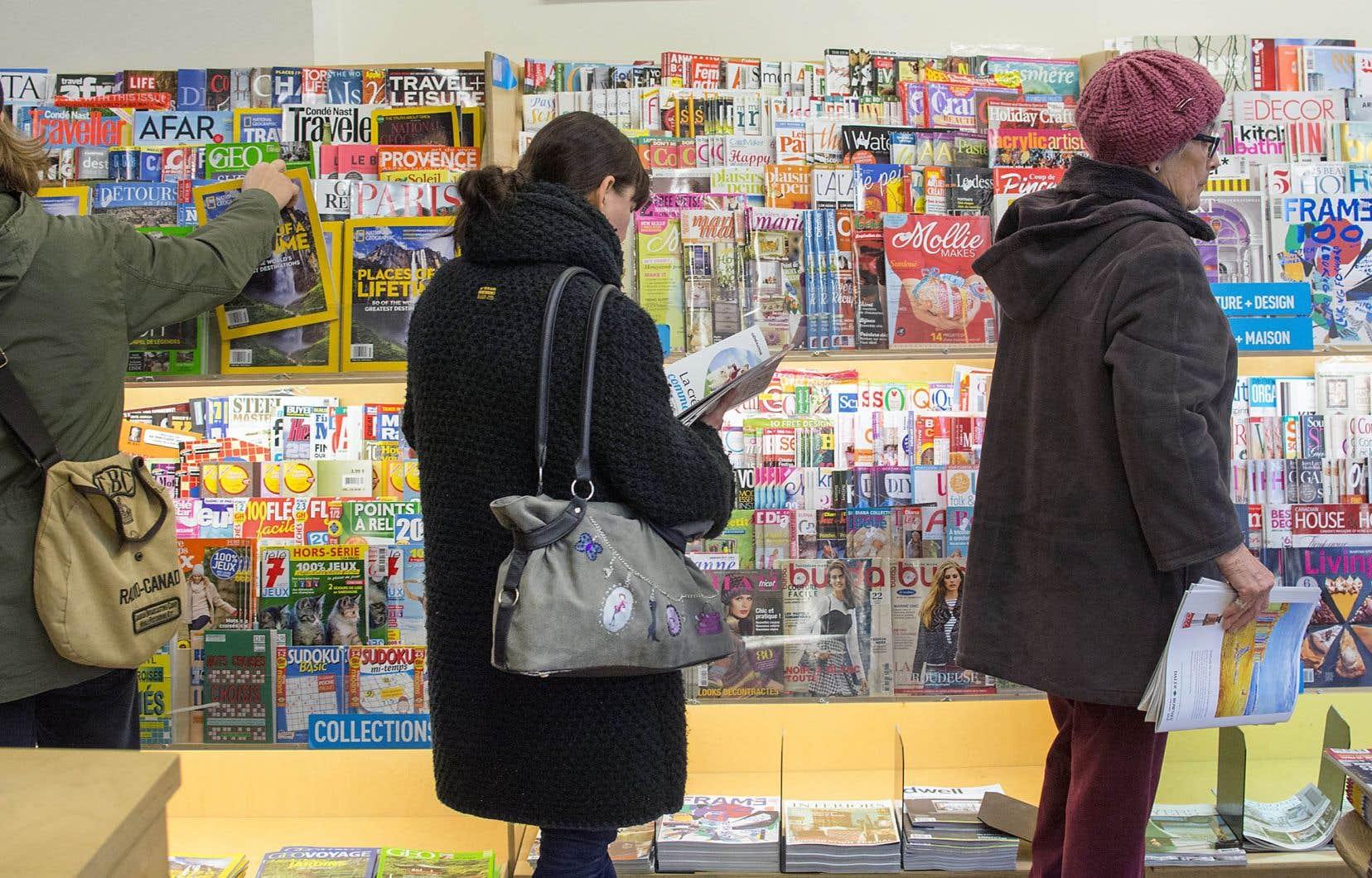 Si les 35 ans et plus sont attachés aux médias papier, en revanche, 90% des 18-34 ans utilisent les différentes plateformes numériques comme principal moyen de s'informer.