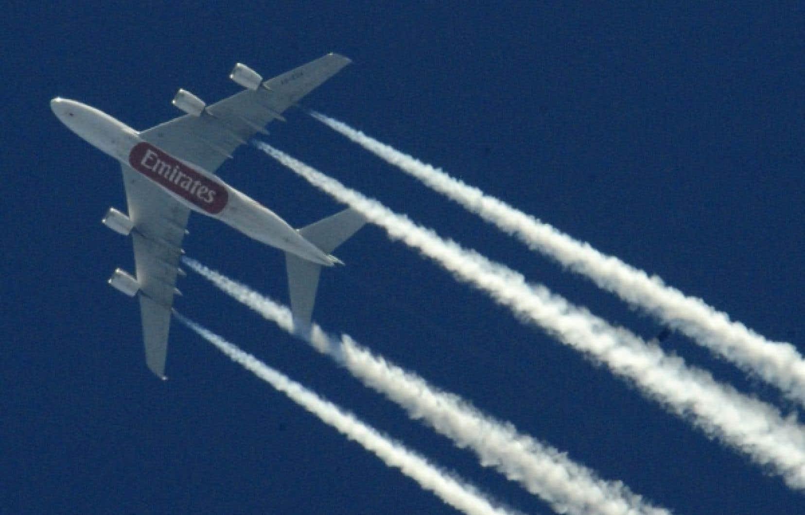 L'ampleur de cette crise éclipse celle du 11 septembre 2001, alors que l'espace aérien américain avait été fermé durant trois jours, estime Giovanni Bisignani, directeur général et chef de la direction de l'IATA.