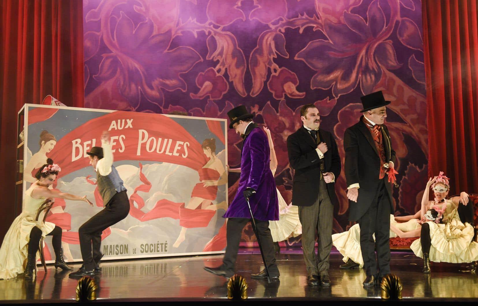 L'action se déroule à Paris en 1897, plus précisément dans les jours qui ont précédé la rocambolesque création de «Cyrano de Bergerac».